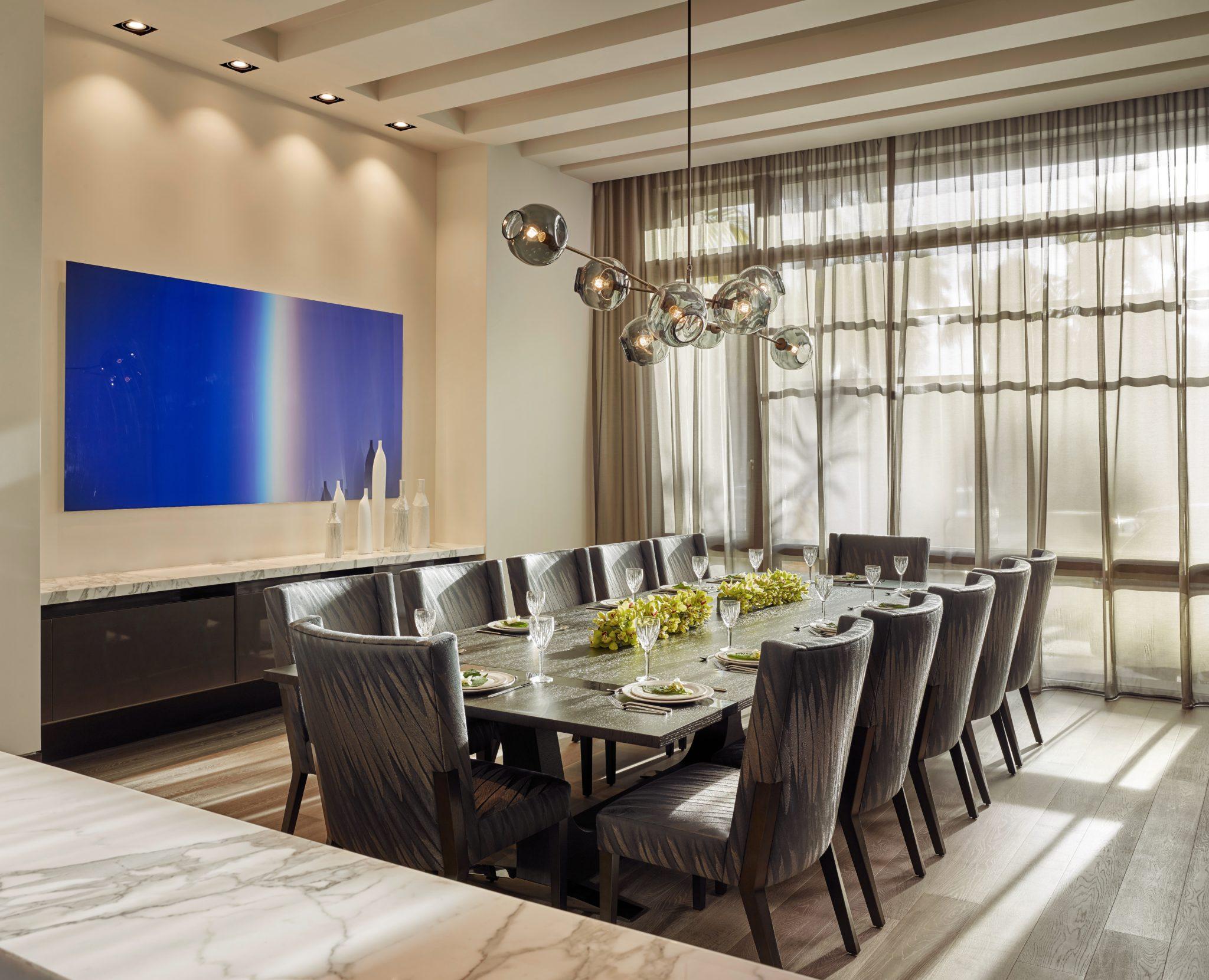 Intracoastal Dining Room by B+G Design