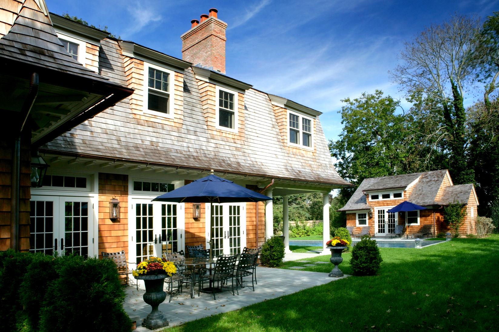 Southampton, New York, home by Brady Design