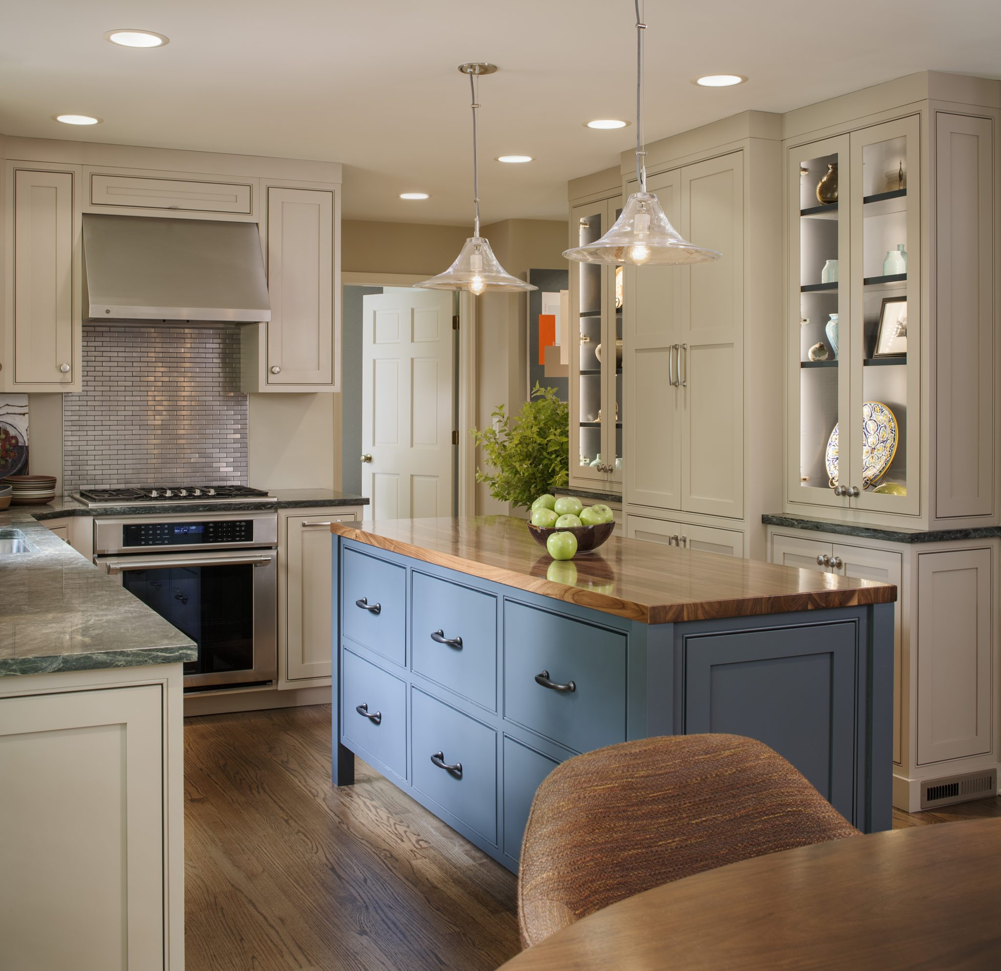 Suburban Chicago residence - kitchen by RJA Design Inc.