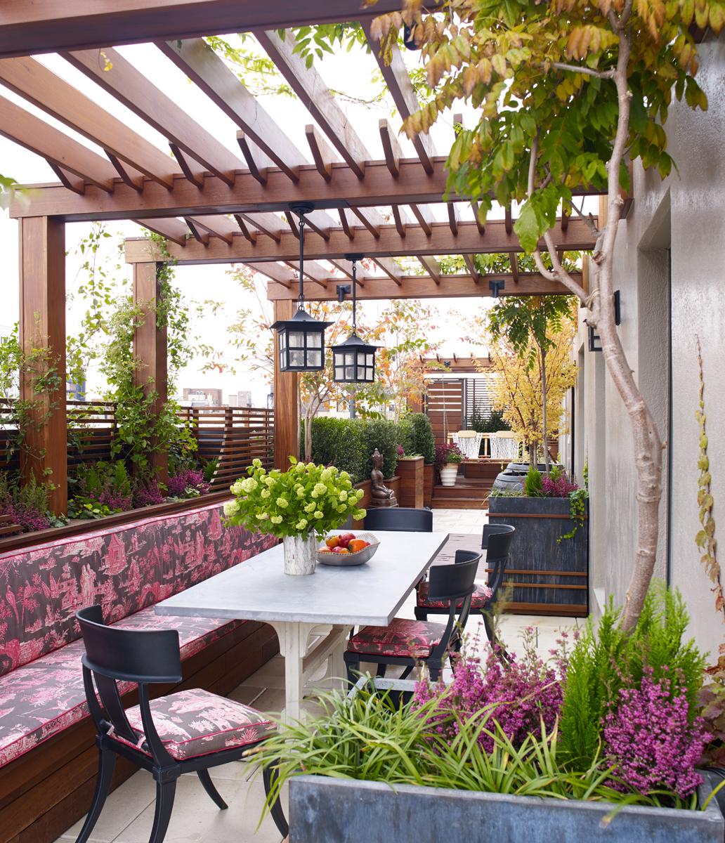 Penthouse terrace by Wesley Moon Inc