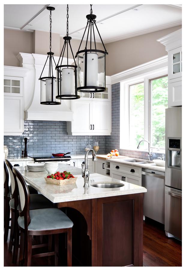 York Mills Kitchen by Laura Stein Interiors