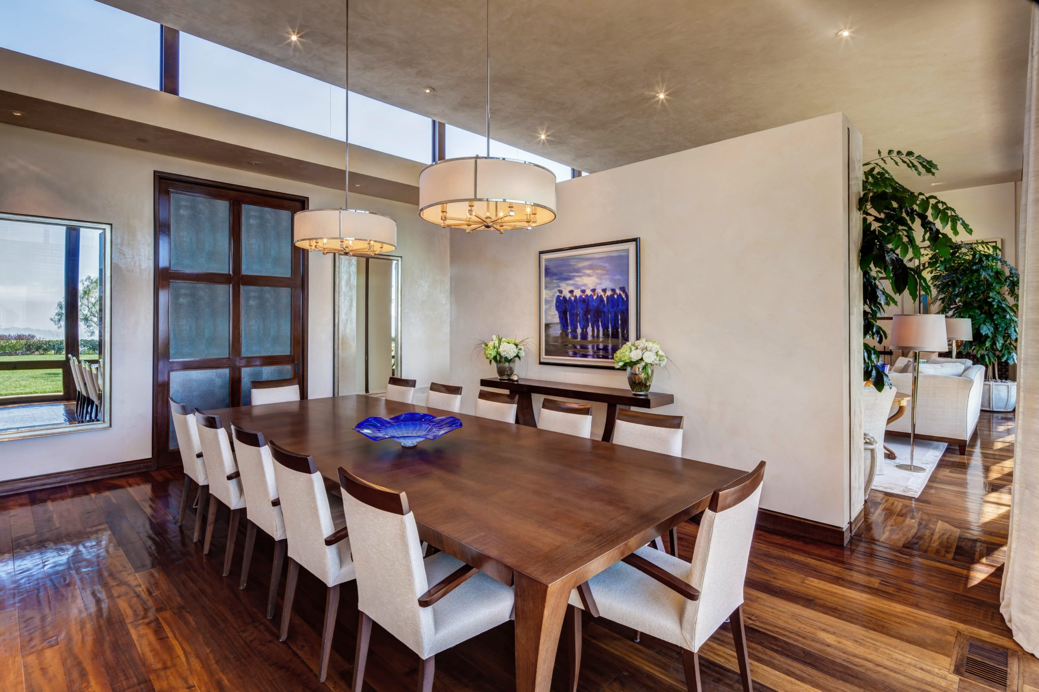 Dining Room by Barbara Lee Grigsby Design Associates Inc.