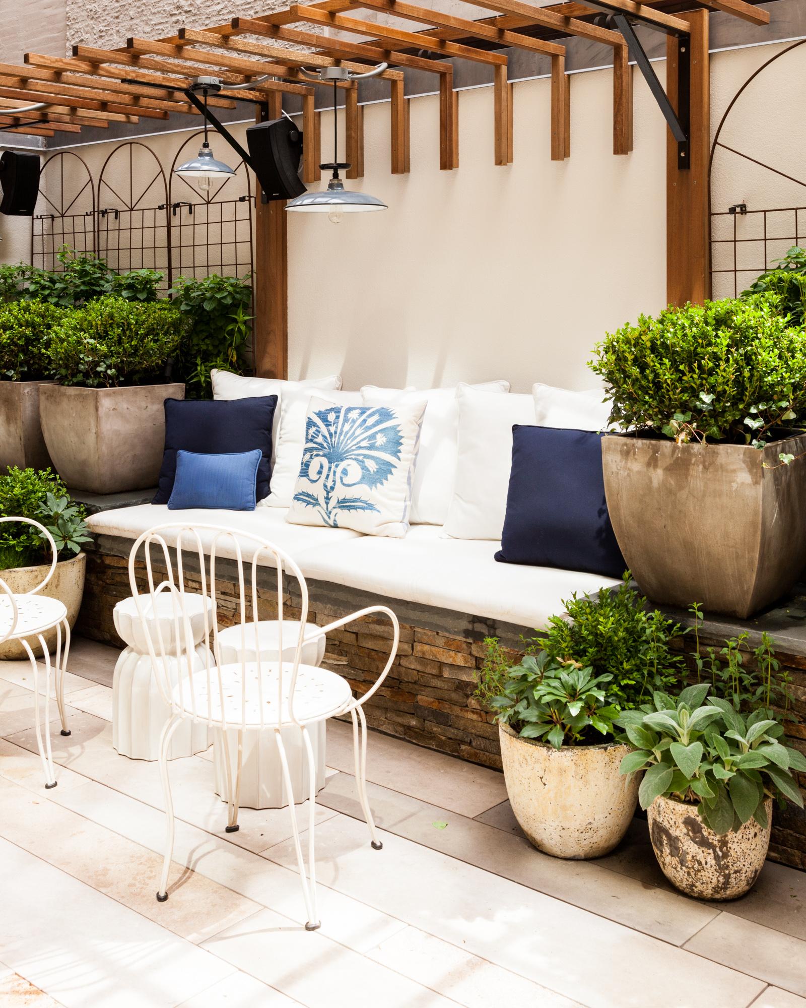 New York City townhouse gardenby Sara Gilbane Interiors