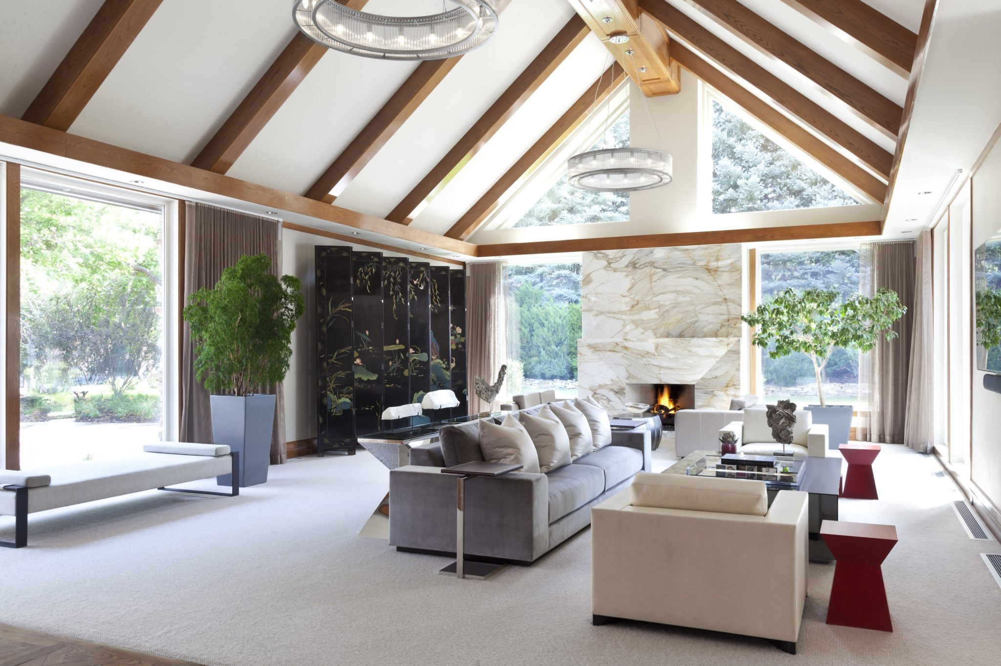 24 Chic Spaces With Cathedral Ceilings Chairish Blog