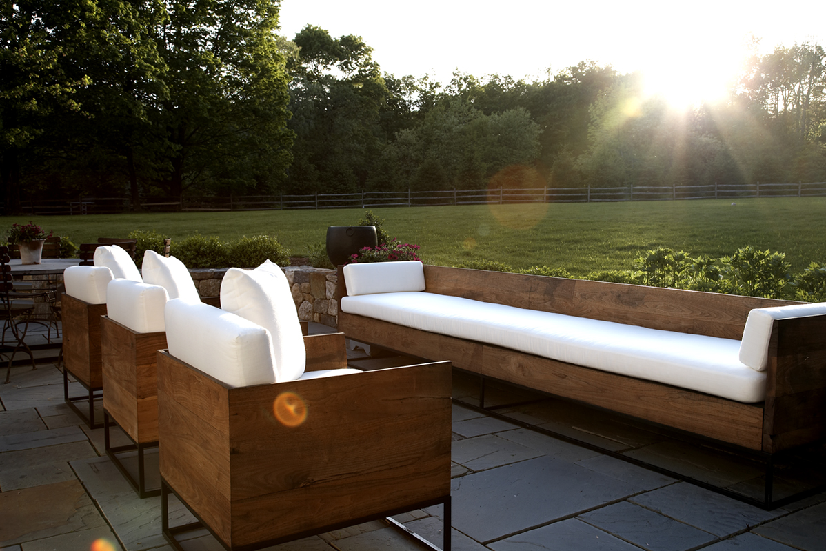 Outdoor area by Lynne Scalo Designs