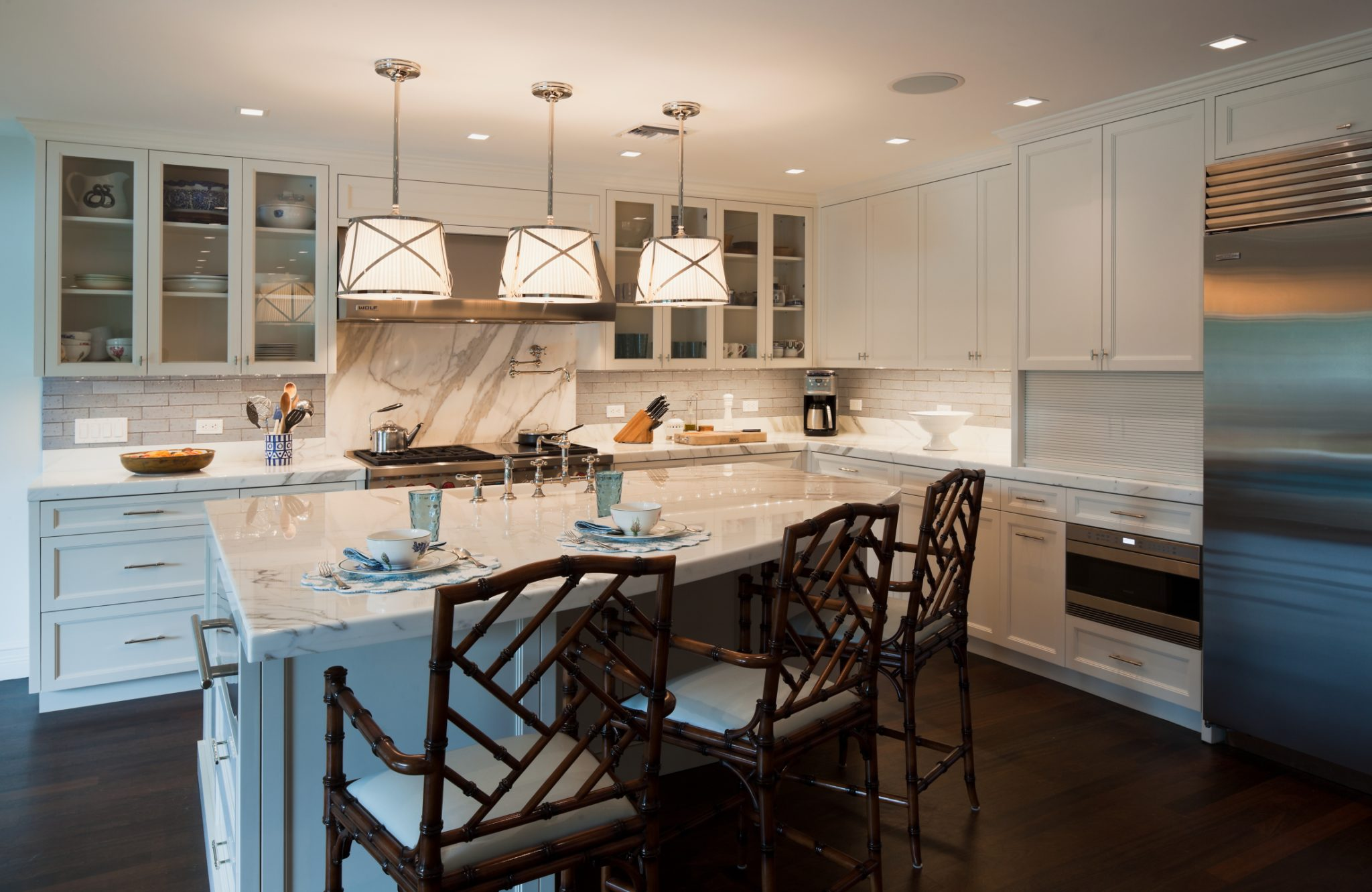 30 Kitchens with Large Center Islands - Chairish Blog