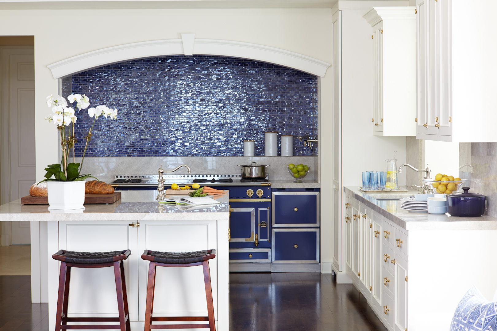 Blue & White Kitchen by St. Charles of New York