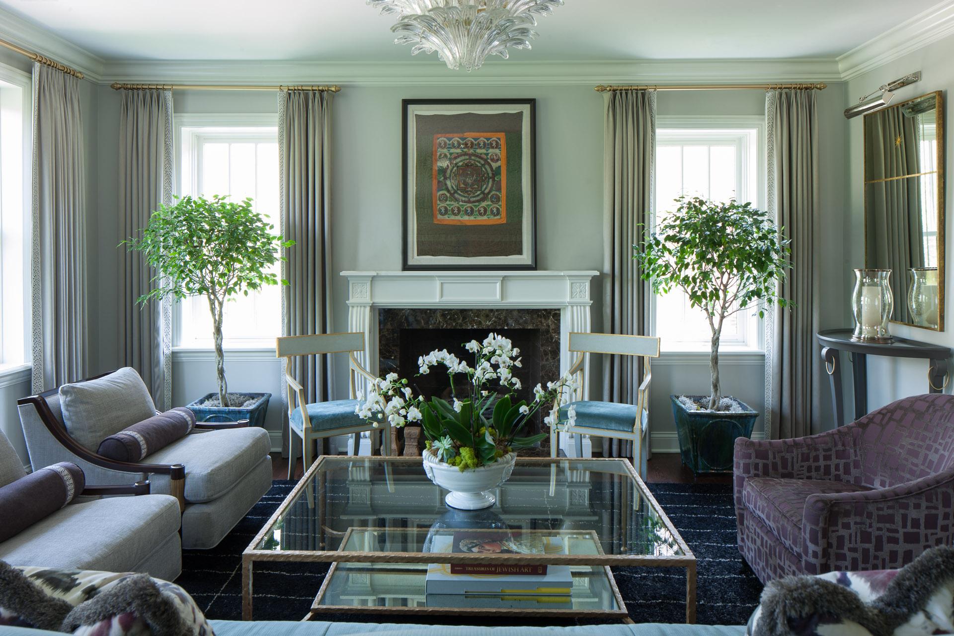 An elegant living room by JamesThomas Interiors