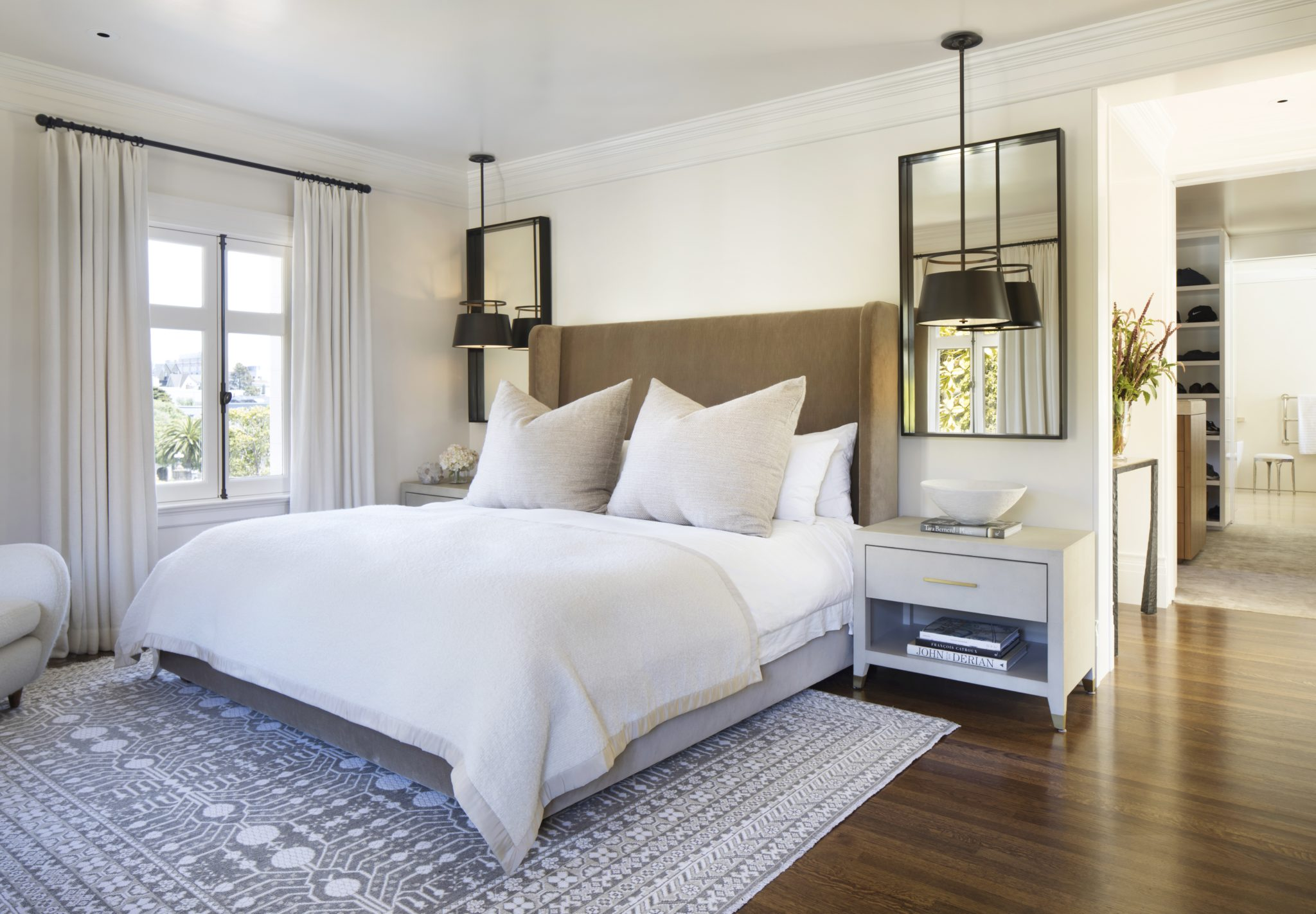 8 Bedrooms with Bedside Pendant Lighting - Chairish Blog