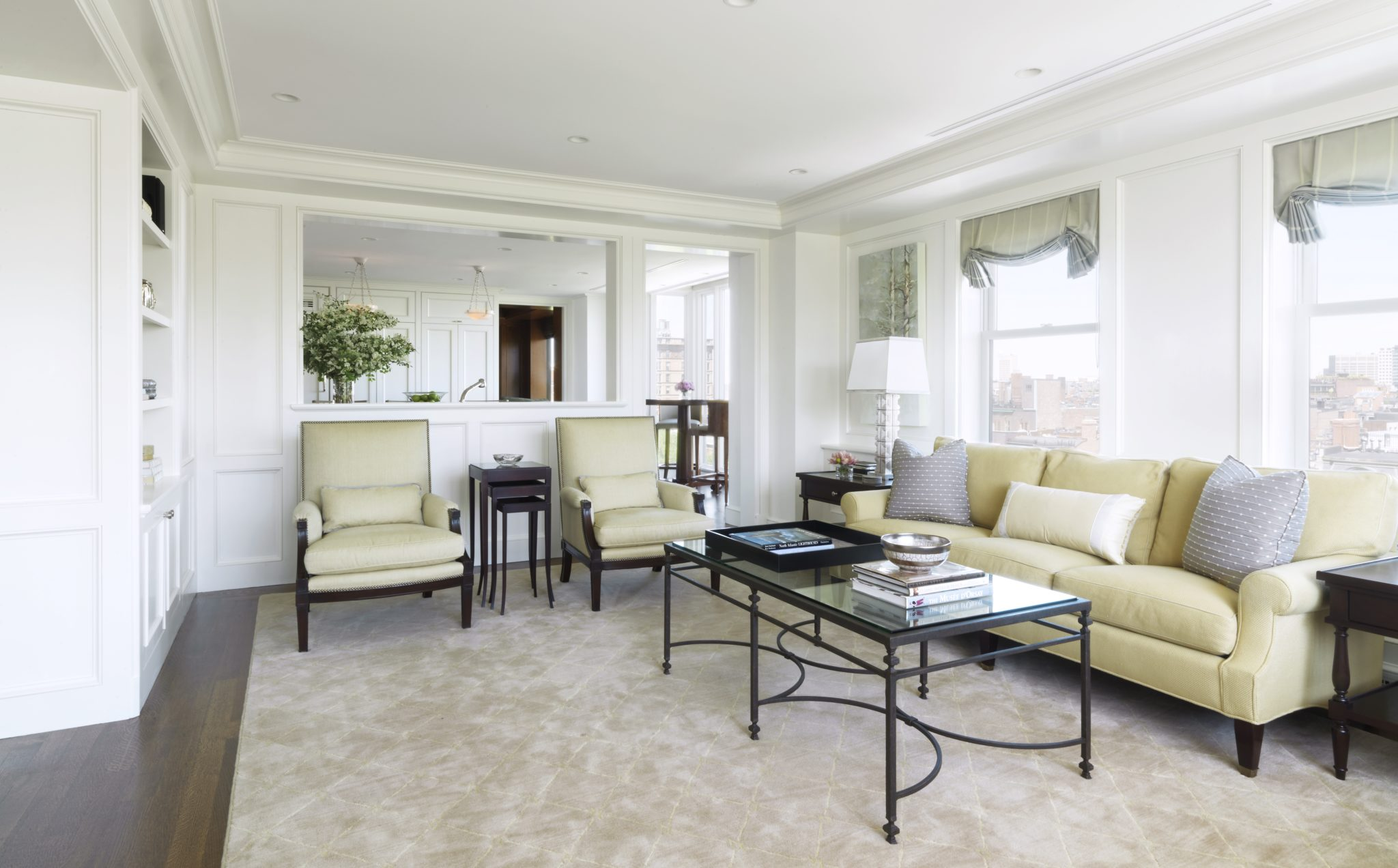 Back Bay pied-à-terre by SLC Interiors