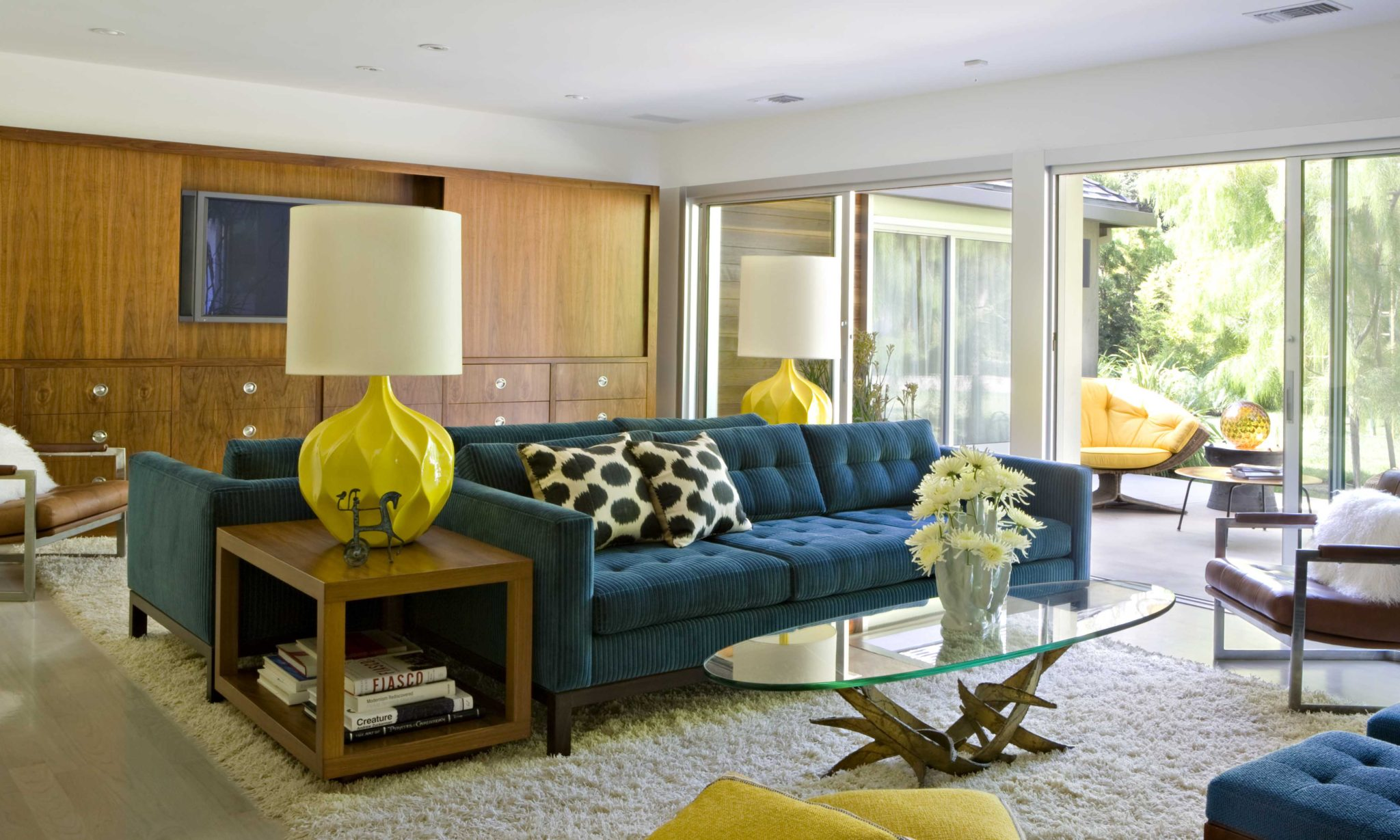 Brentwood modern property by Jamie Bush & Co.