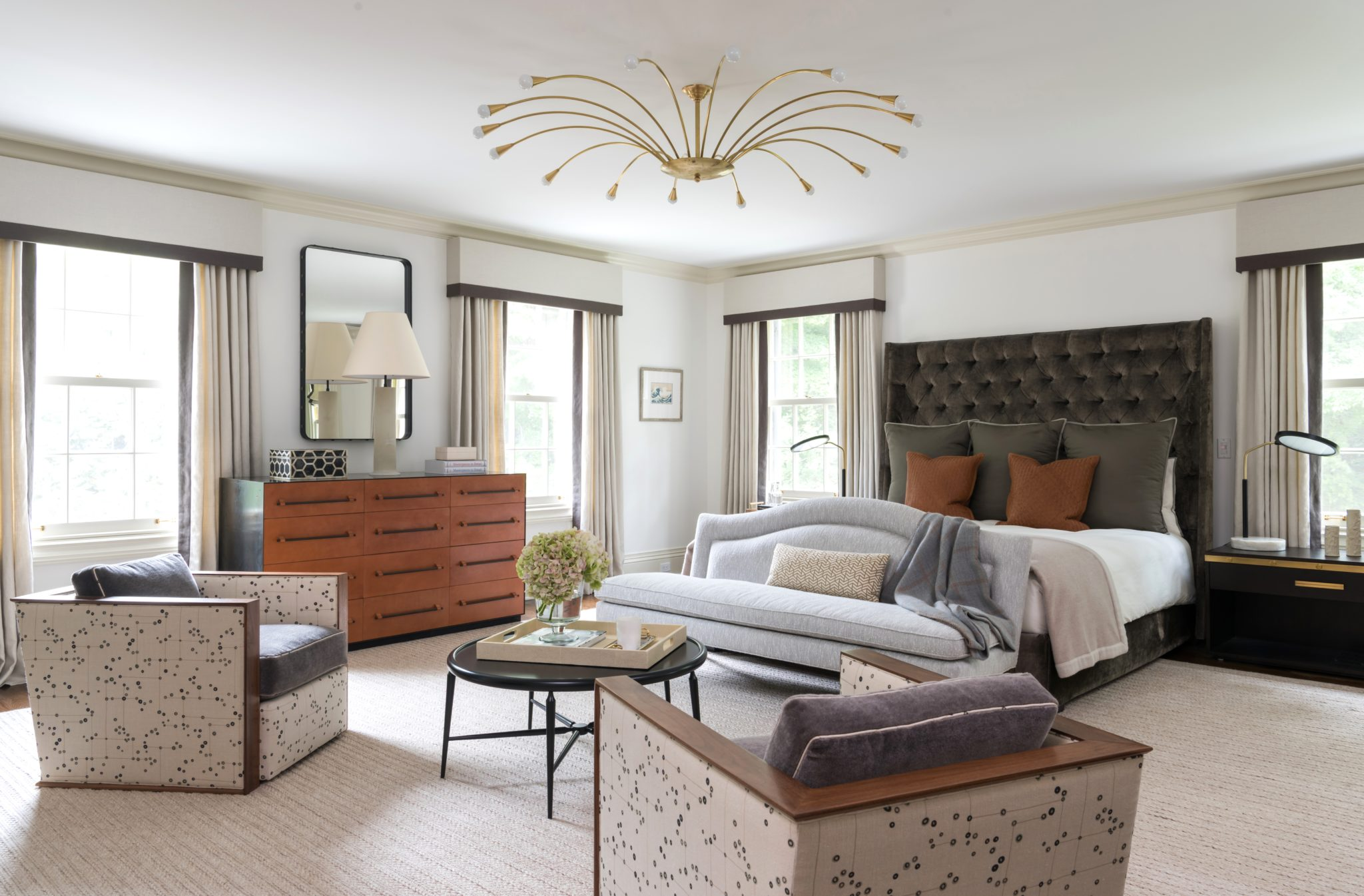 Picture of: 32 Stylish Bedrooms With Upholstered Headboards Chairish Blog