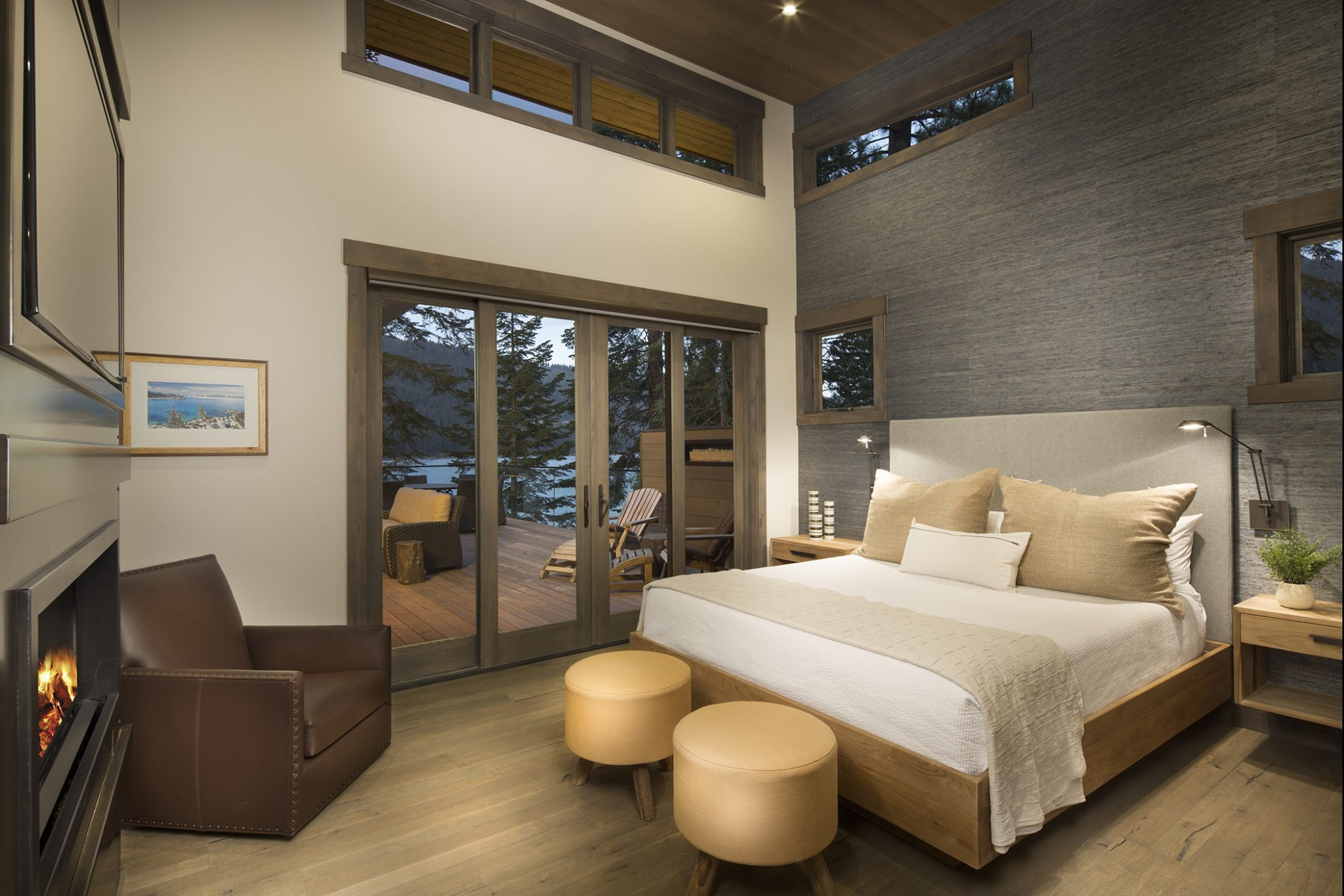 Contemporary lakehouse - Donner Lake, Truckee, CA. By Aspen Leaf Interiors, Inc.