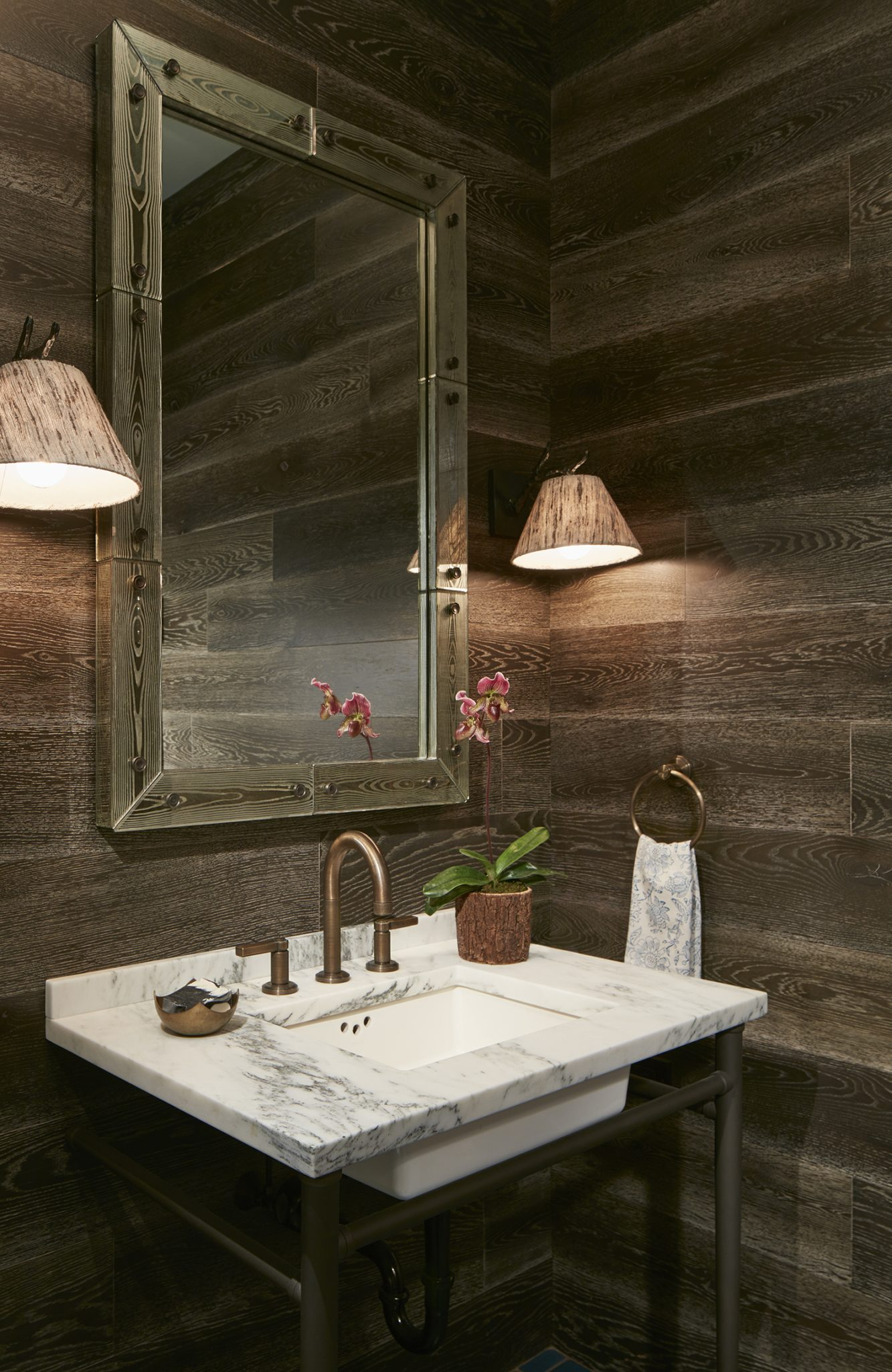 Contemporary reclaimed wood powder room by bba ARCHITECTS