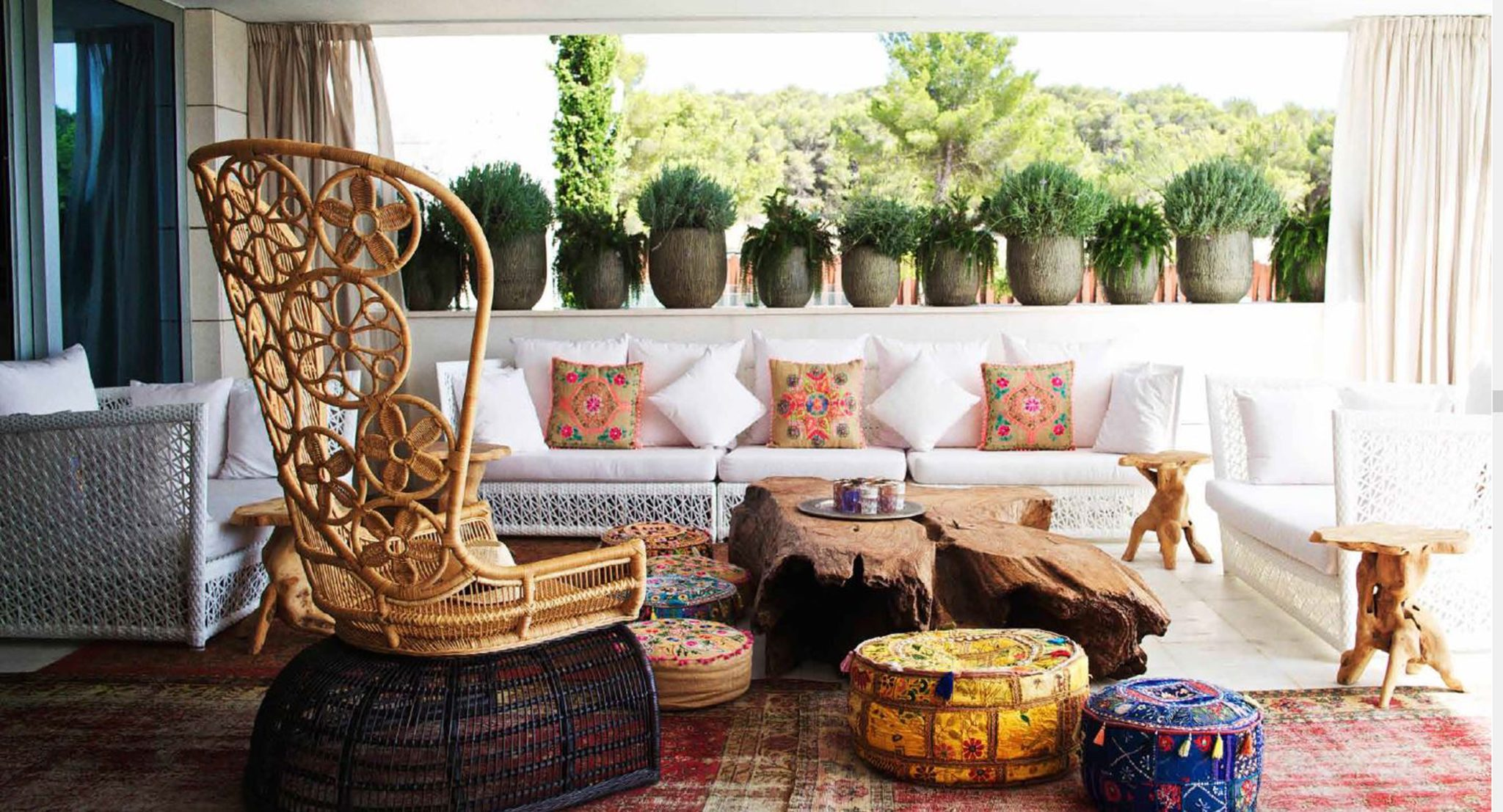 Eclectic outdoor seating by Ingrid Bergman Interiors