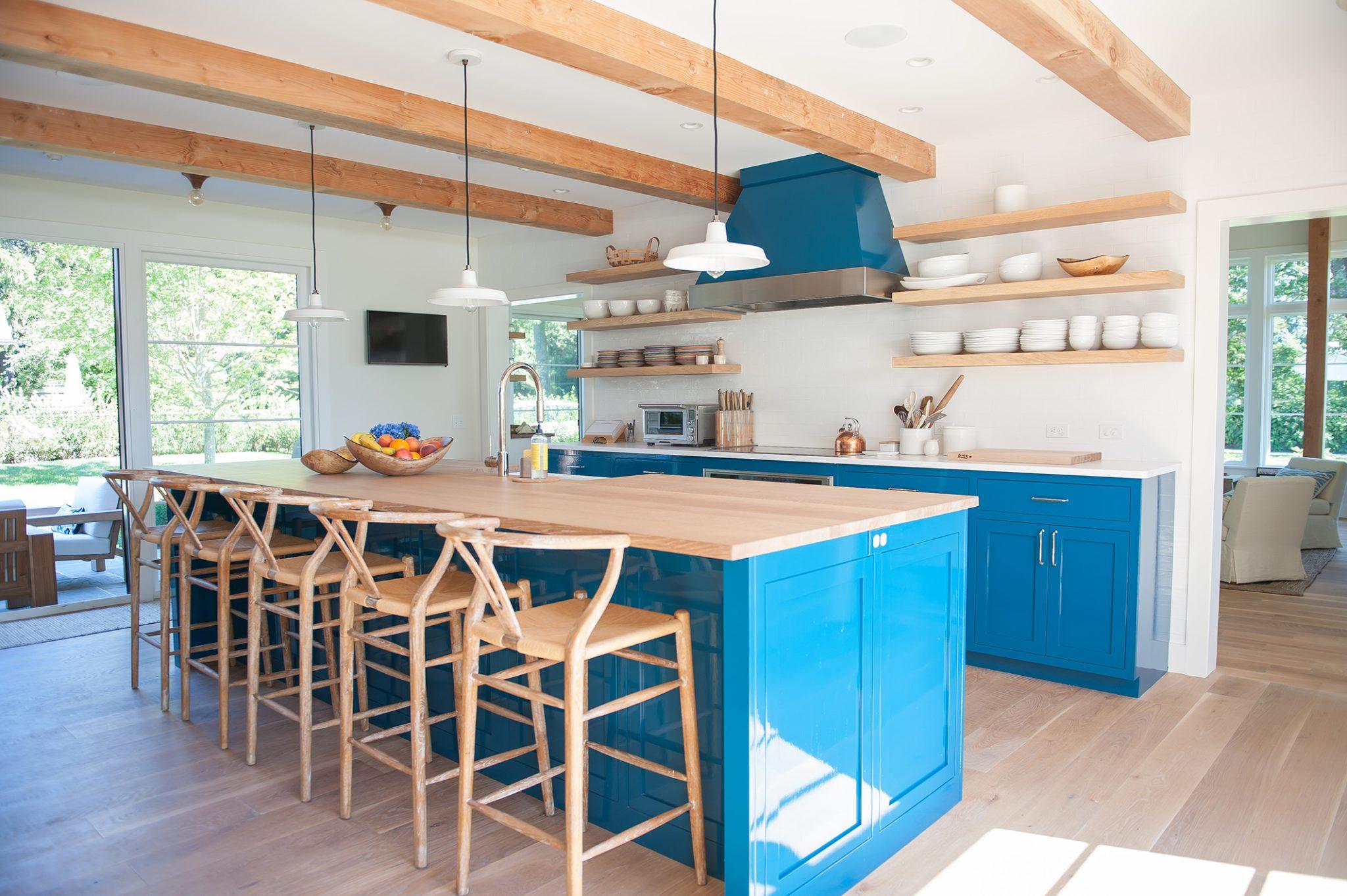 Coastal Contemporary - Kitchen by Hannah Childs Interior Design