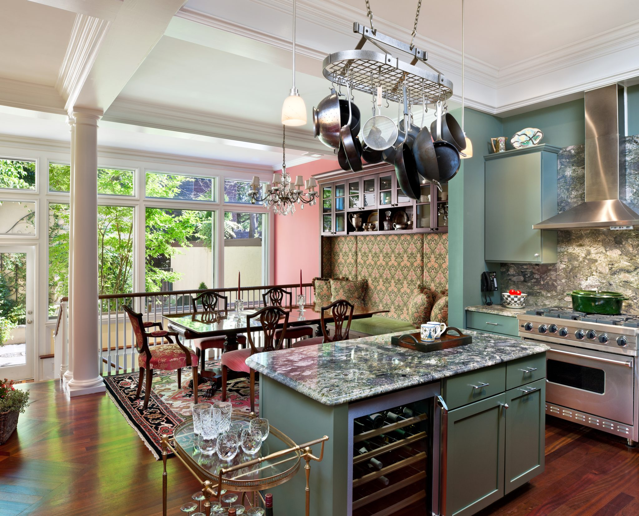Classic kitchenby Eberlein Design