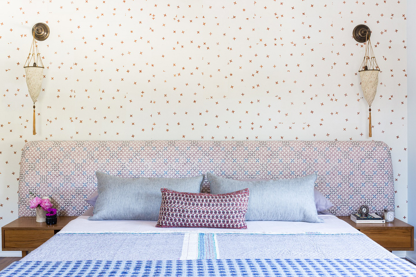 Colorful Bedroom with wallpaper by D2 Interiors