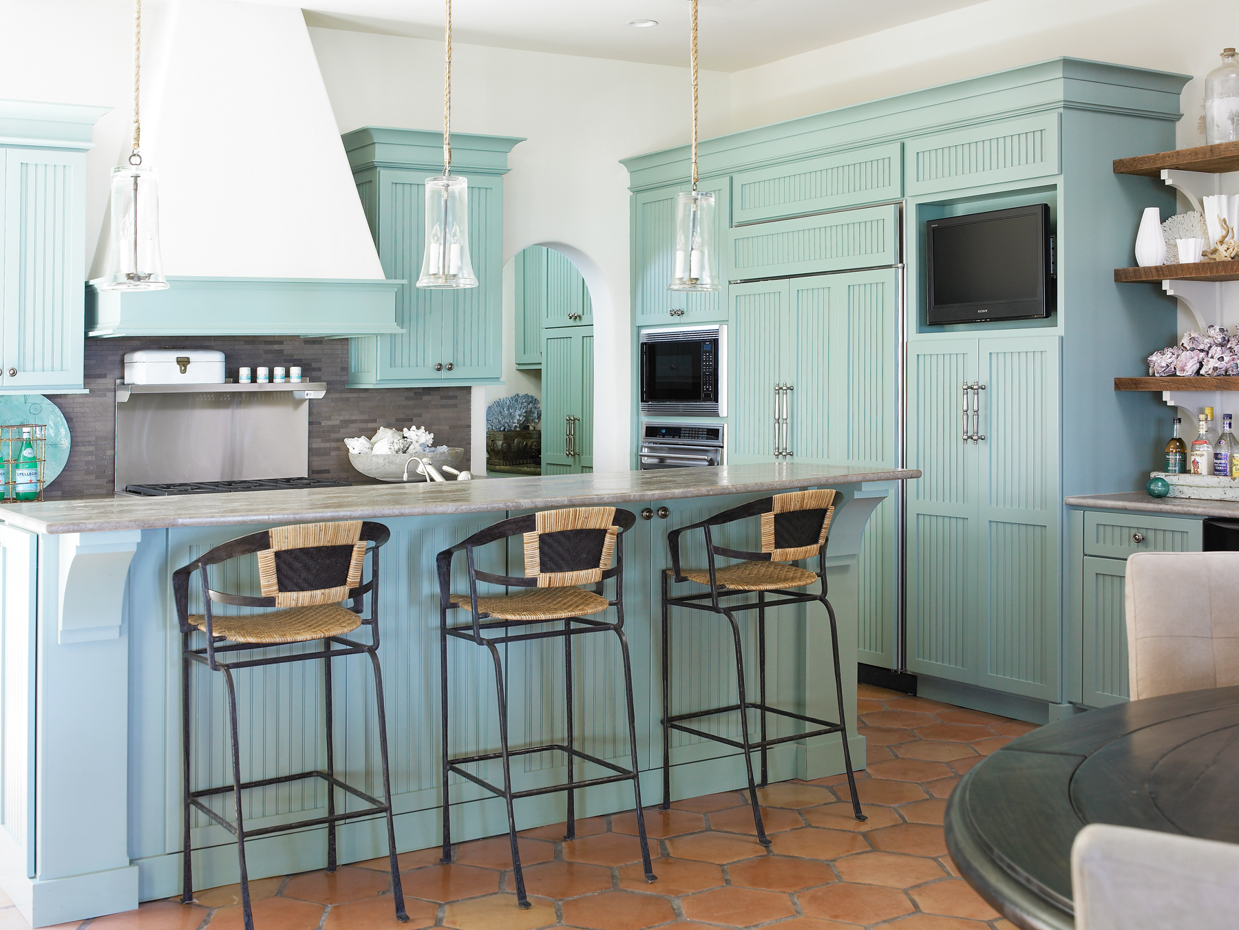 Kitchen by Carter Kay Interiors