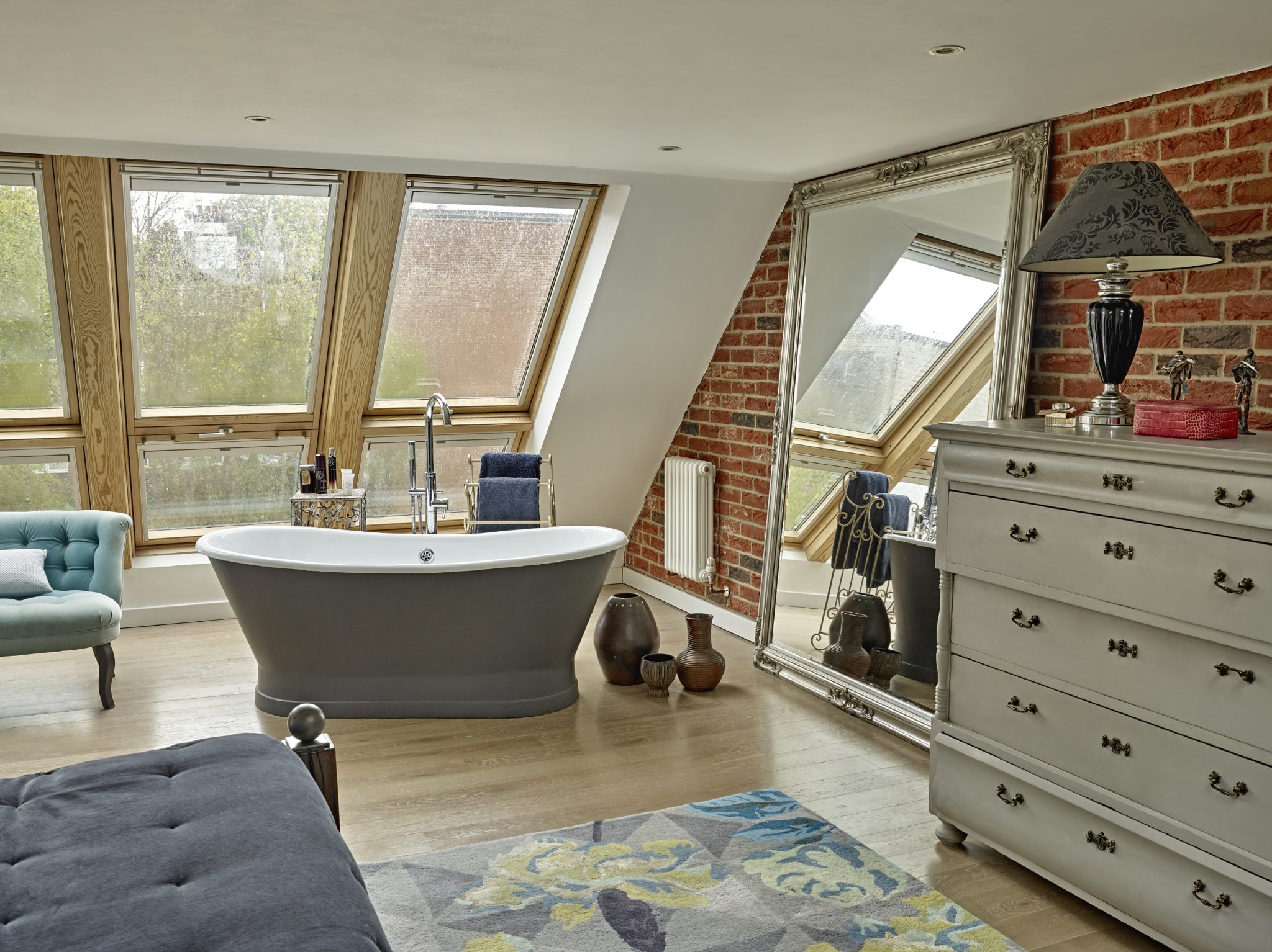 Bedroom with freestanding bath - Muswell Hill, London, by Caz Myers