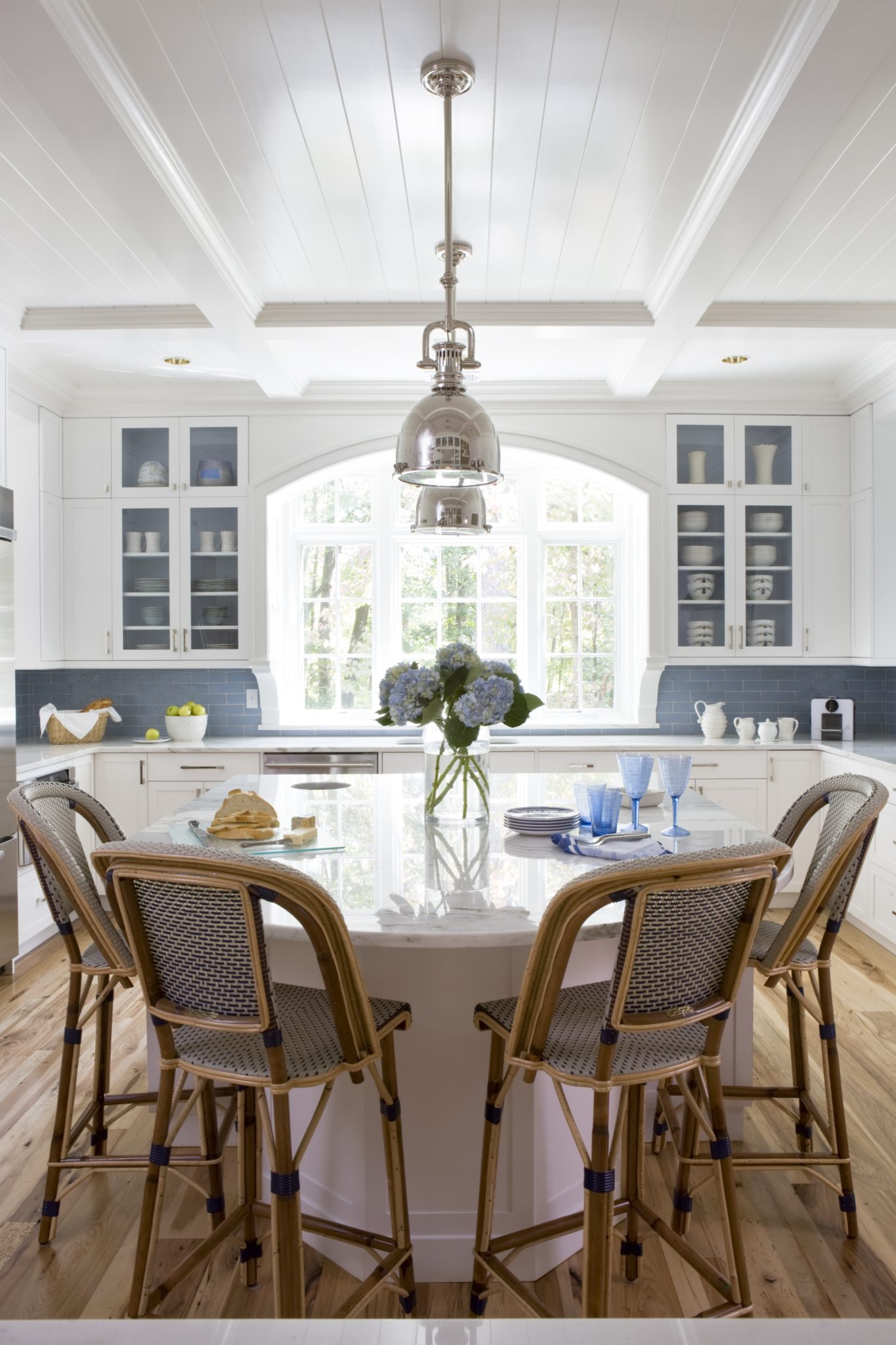 A chic kitchen by Celia Welch Interiors