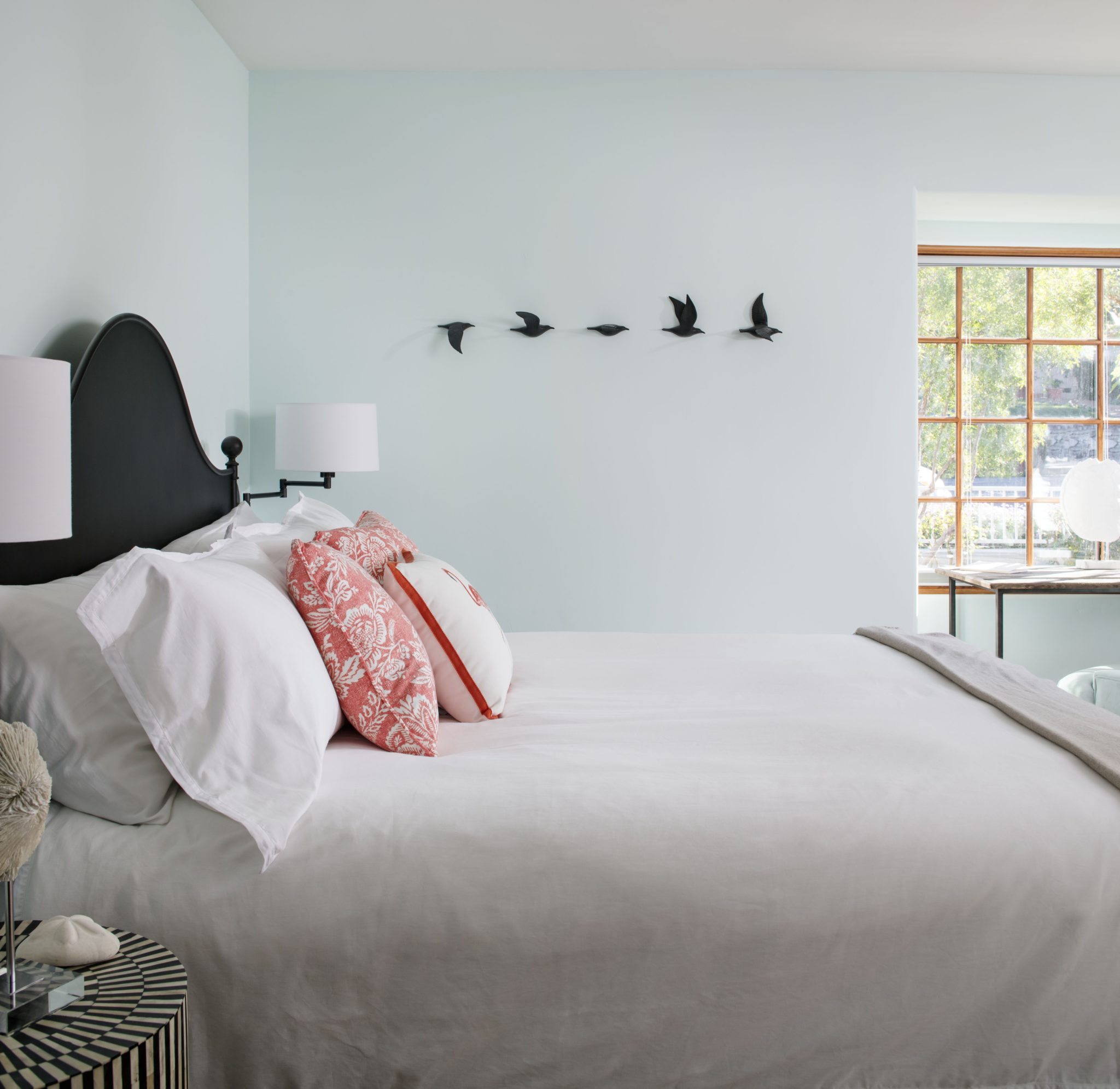La Jolla Beach Cottage Bedroom by CM Natural Designs
