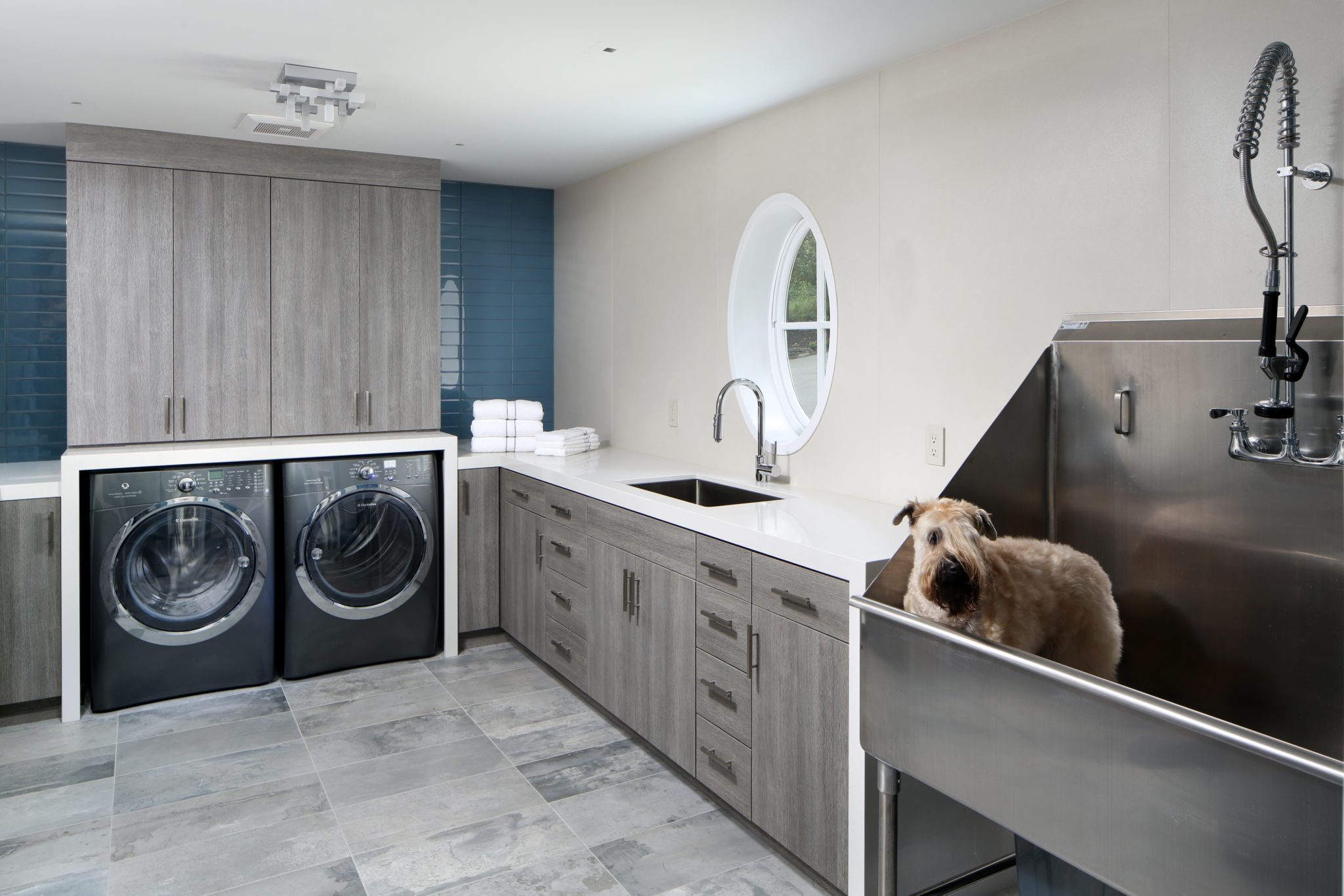Modern luxe | Laundry Room & Sink by TRG Architecture + Interior Design
