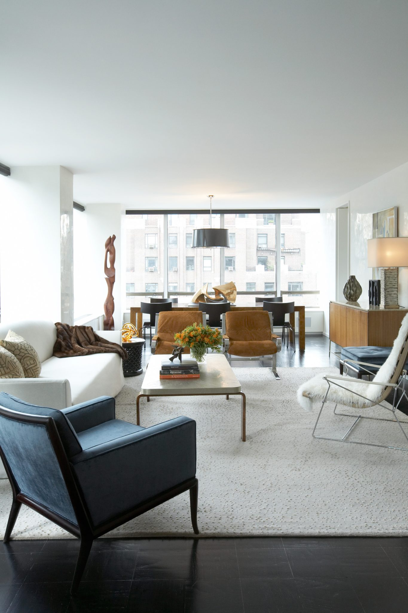 UN Plaza living room by David Scott Interiors, LTD.