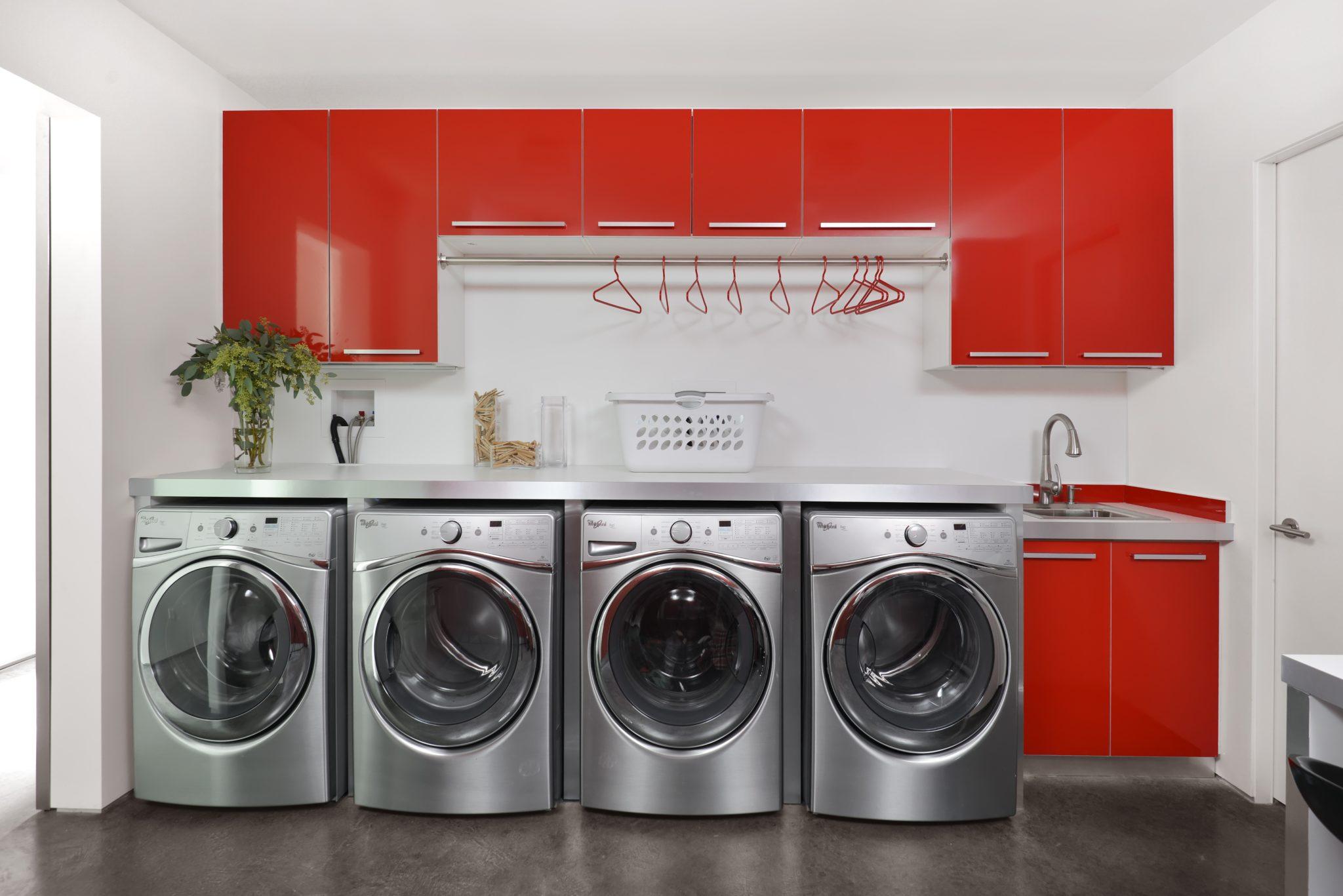 Highland Park Modern, Office & Laundry Room by Dresner Design
