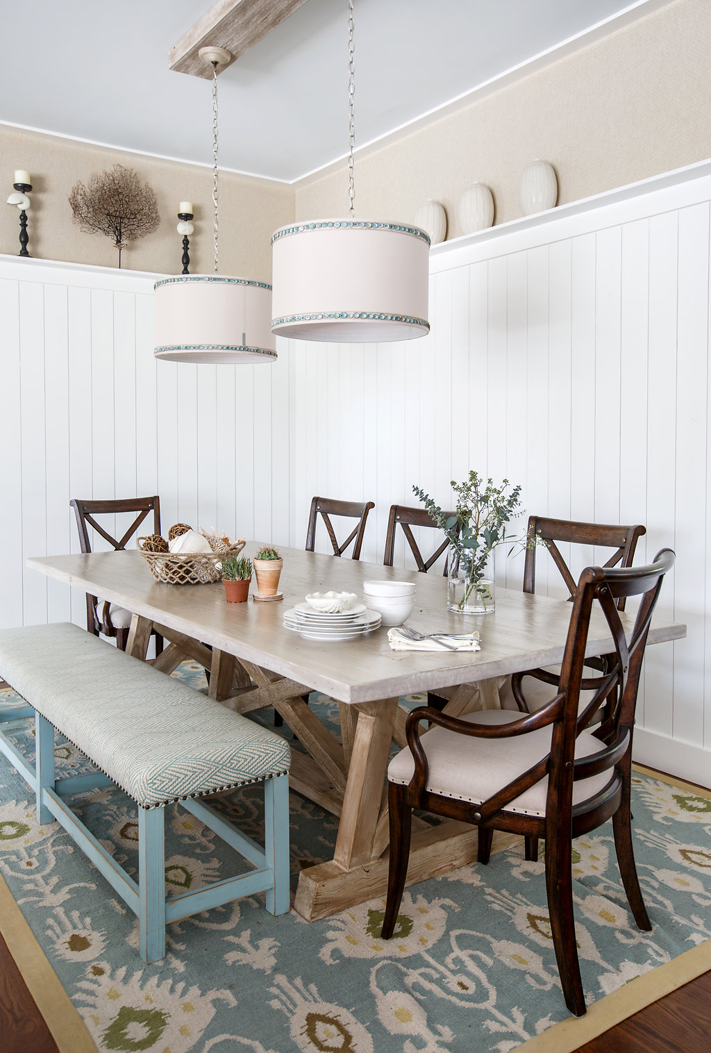 Coastal dining room by Amanda Webster Design, Inc.