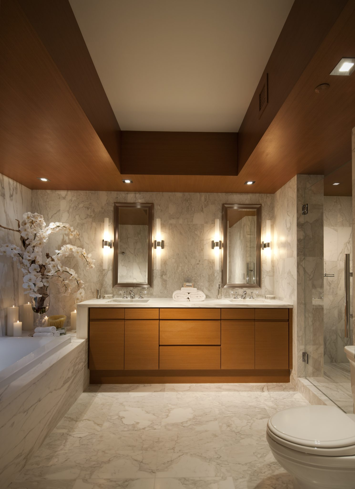 Murano Portofino South Beach - Bathroom by RS3 DESIGNS