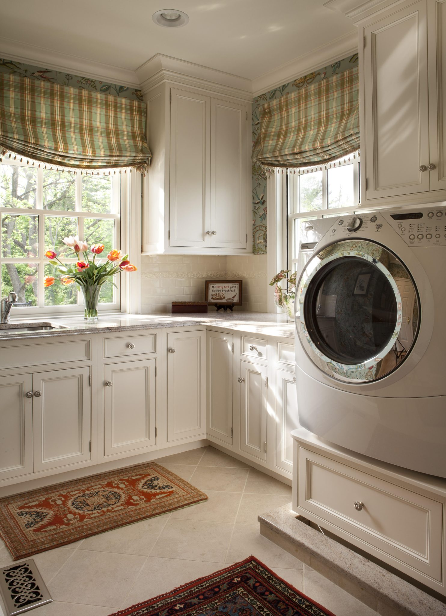 Laundry Room with Custom Cabinetry by Diane Burgoyne Interiors by Diane Burgoyne Interiors