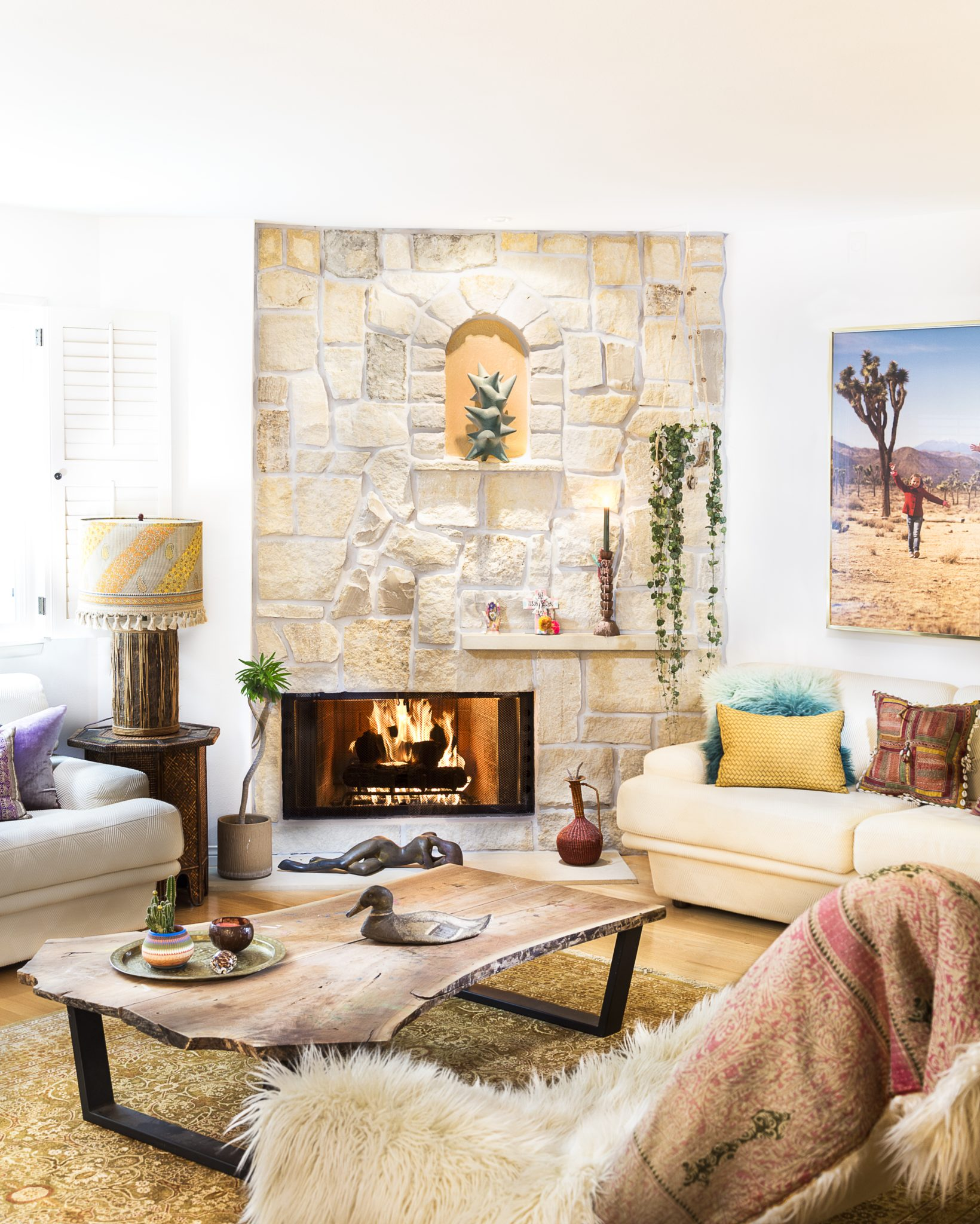 An earthy, textural California propertyby Touch Interiors