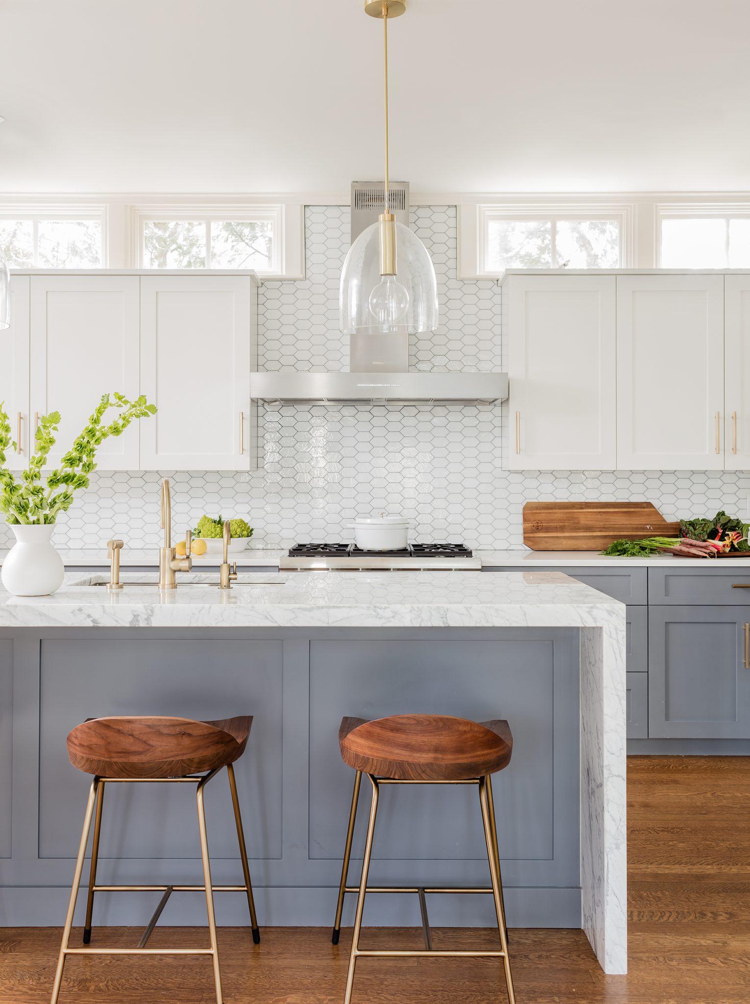 Avon Hill - kitchen by Elms Interior Design