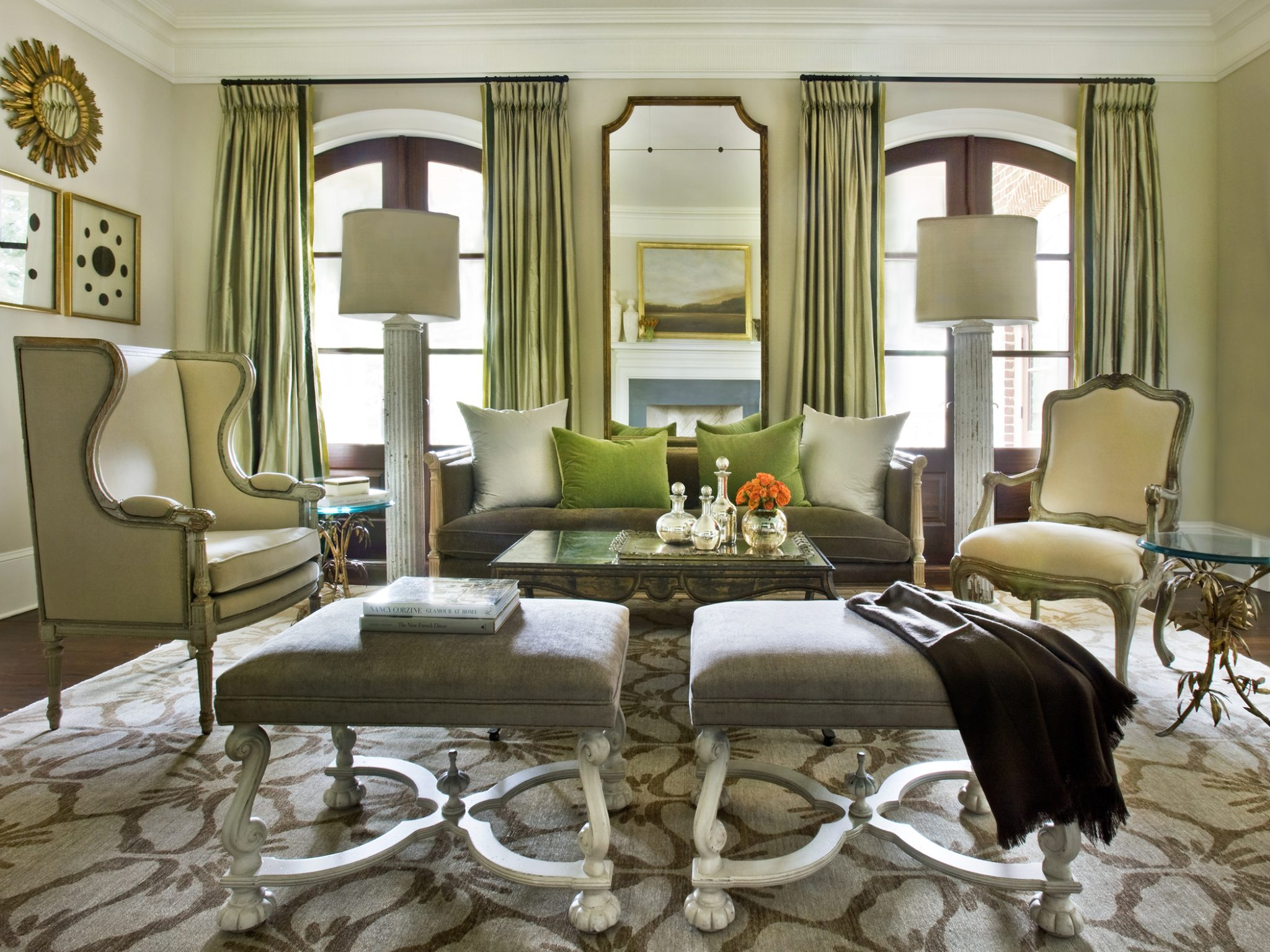 A contemporary living room by Amy Morris