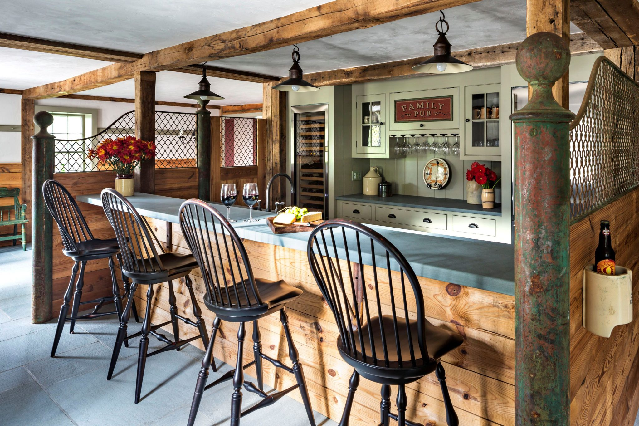 A Stable Repurposed as a Pub by Haver & Skolnick Architects