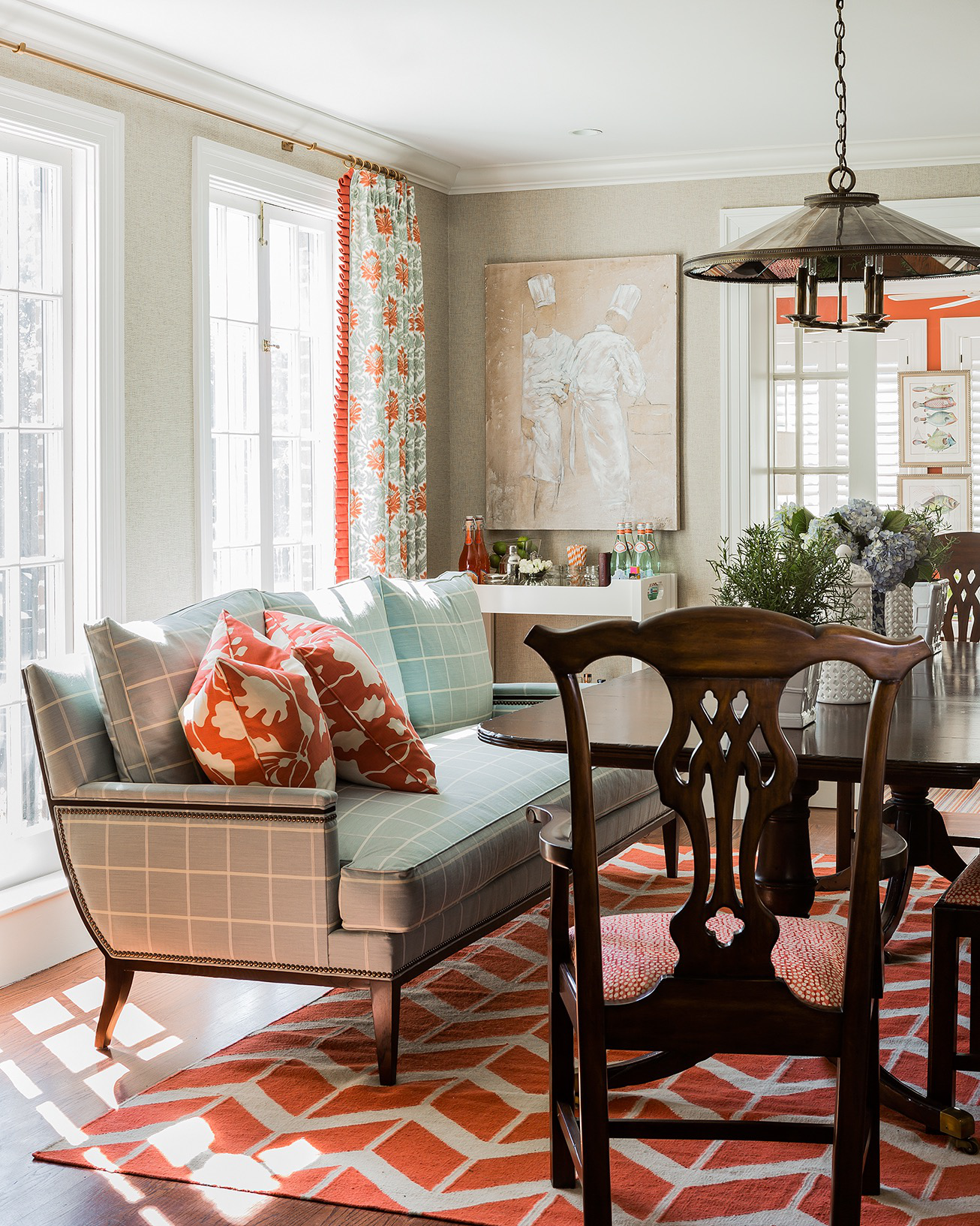 Commonwealth Ave, Dining Room by Elizabeth Home Decor & Design