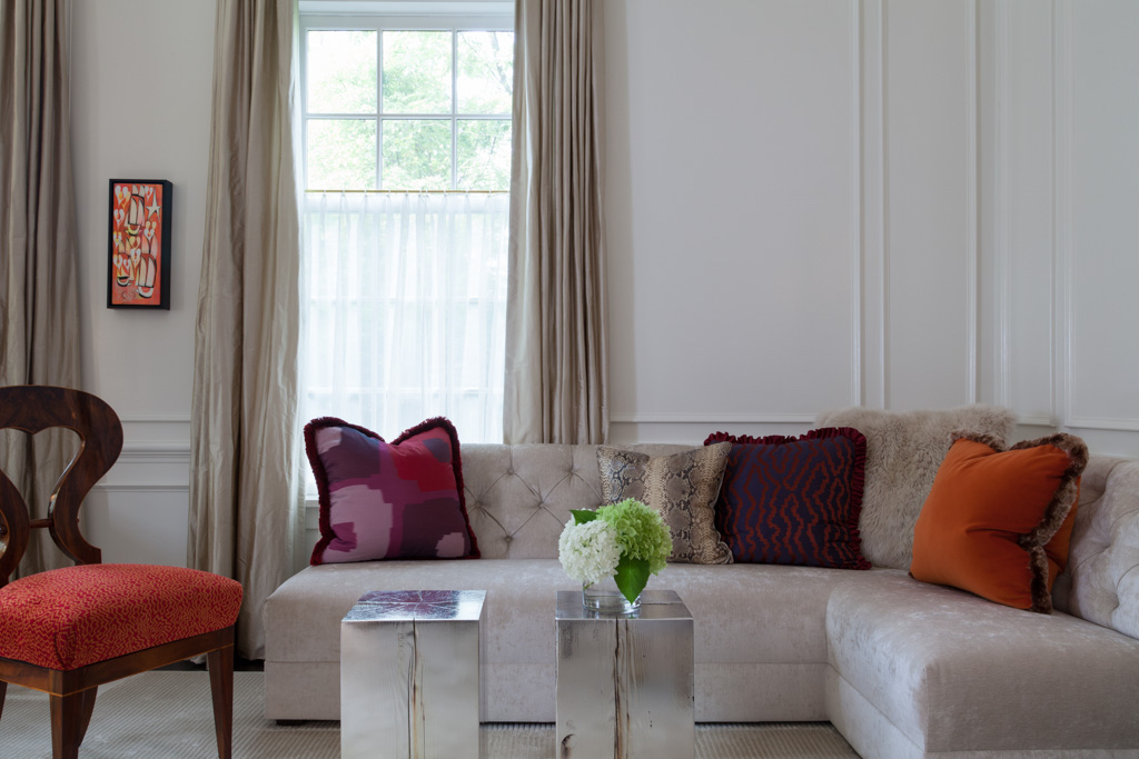 Living room detail by Gauthier~Stacy Inc.