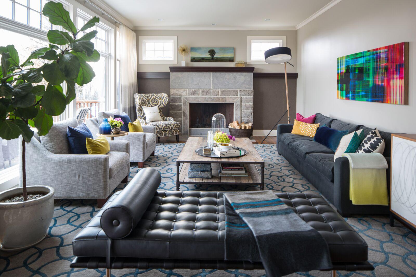 Art-inspired living room by LeAnne Bunnell Interiors