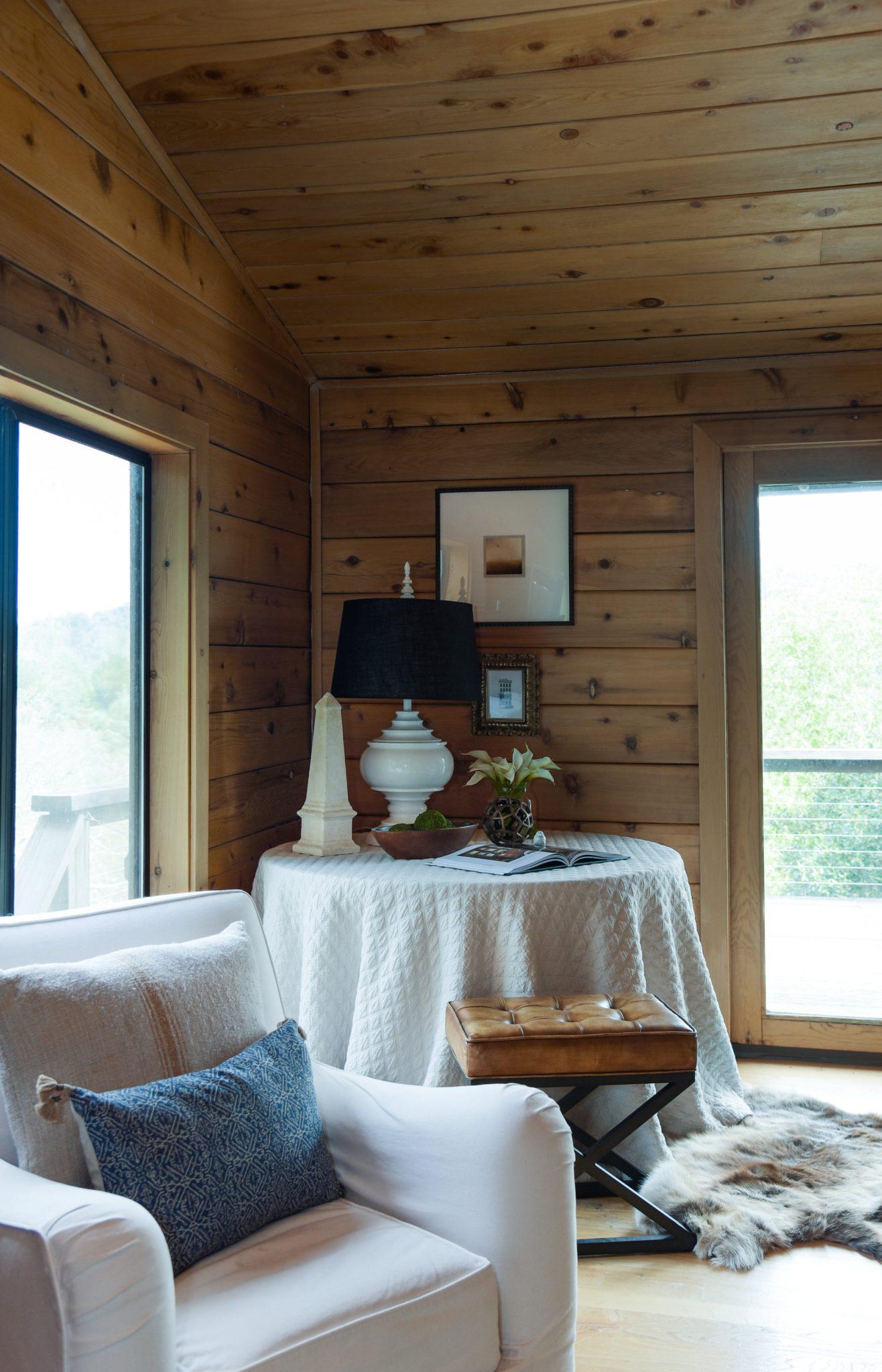 Napa cabin wood ceiling floor walls by Miyuki Yamaguchi Design Studio