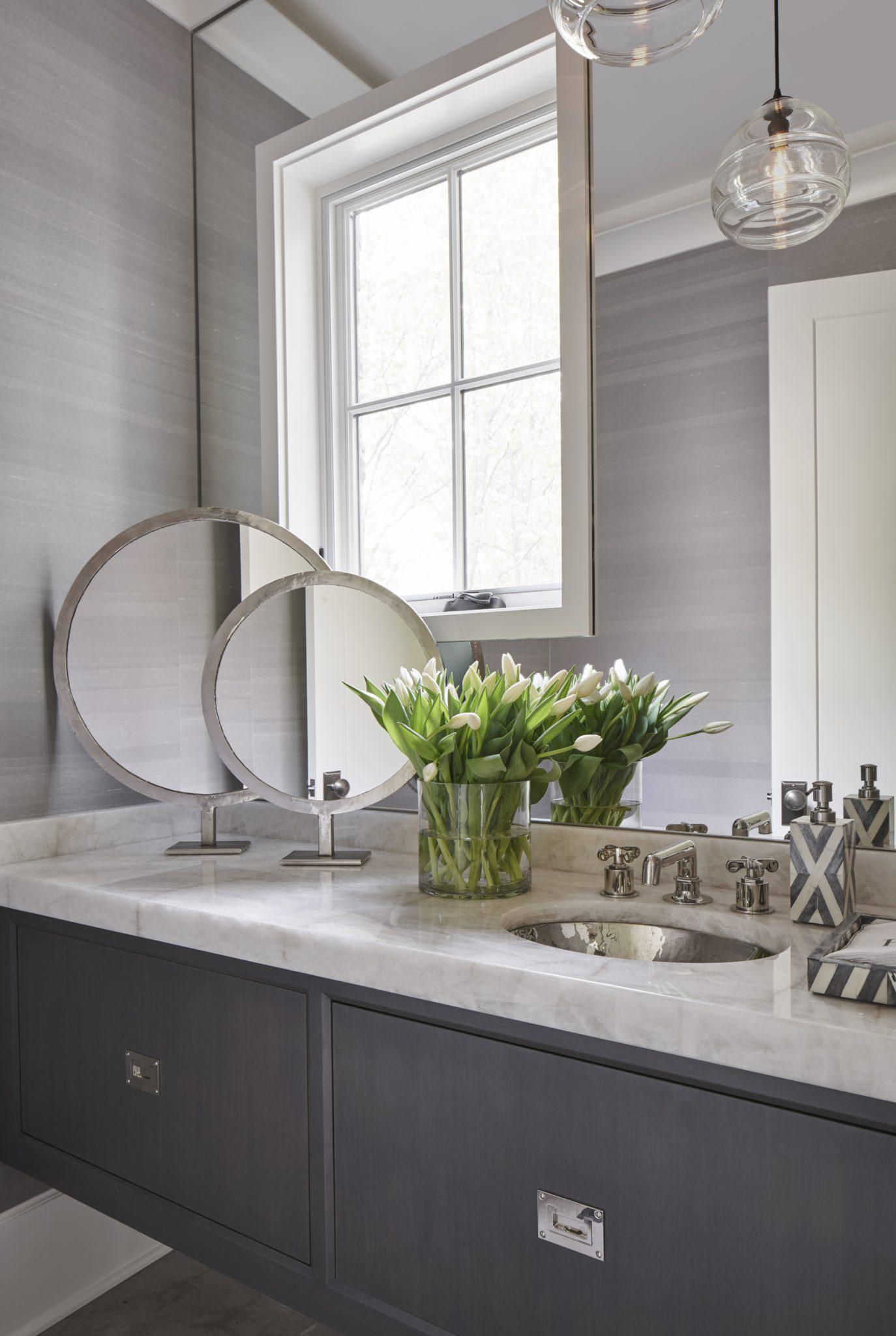 Fresh and sleek powder room by Elizabeth Krueger Design