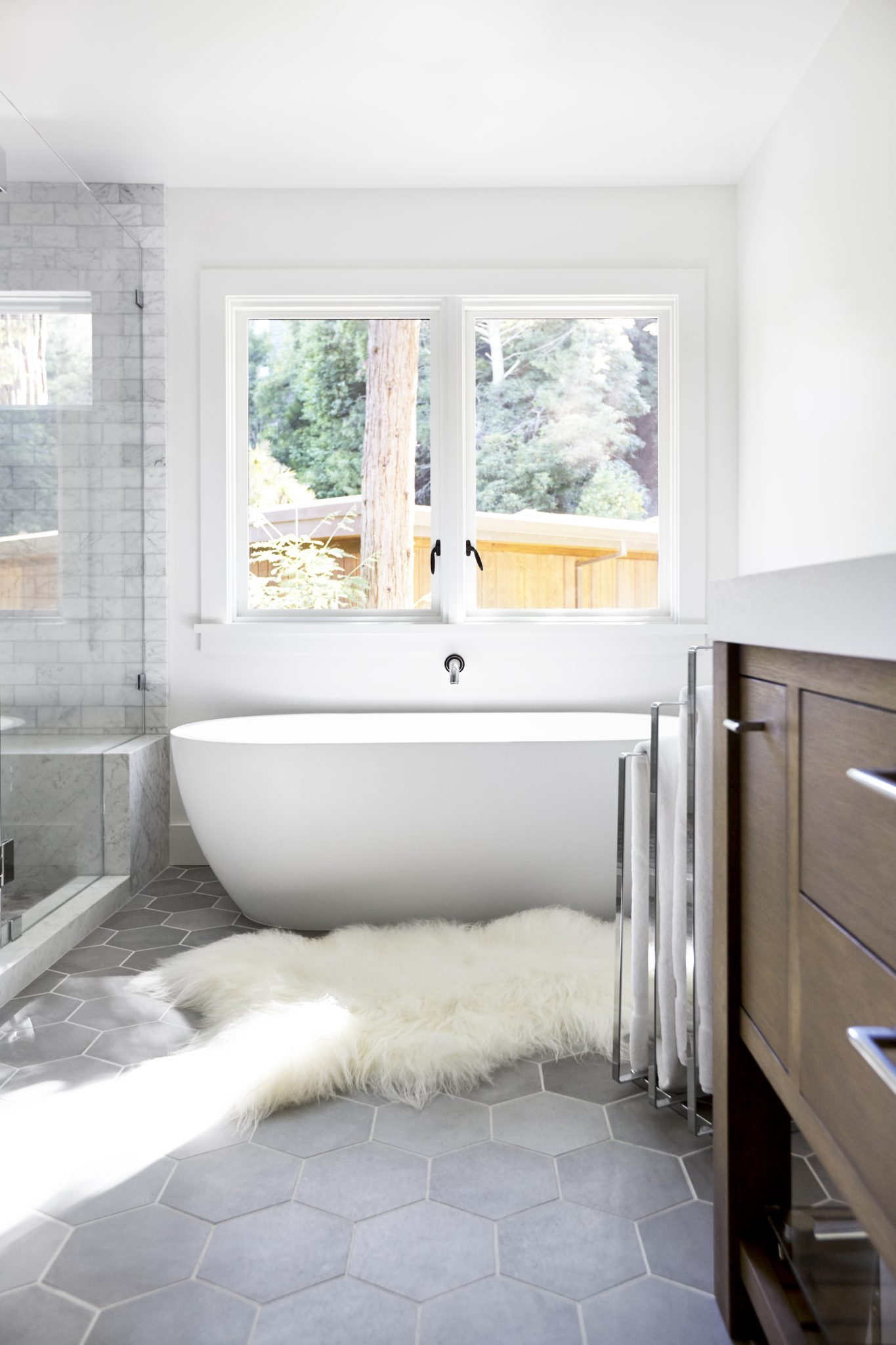 Master bath - country club project, Mill Valley, California. By Elena Calabrese Design & Decor