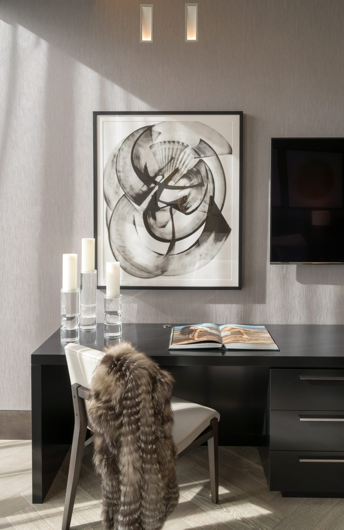 Intracoastal residence guest bedroom by B+G Design