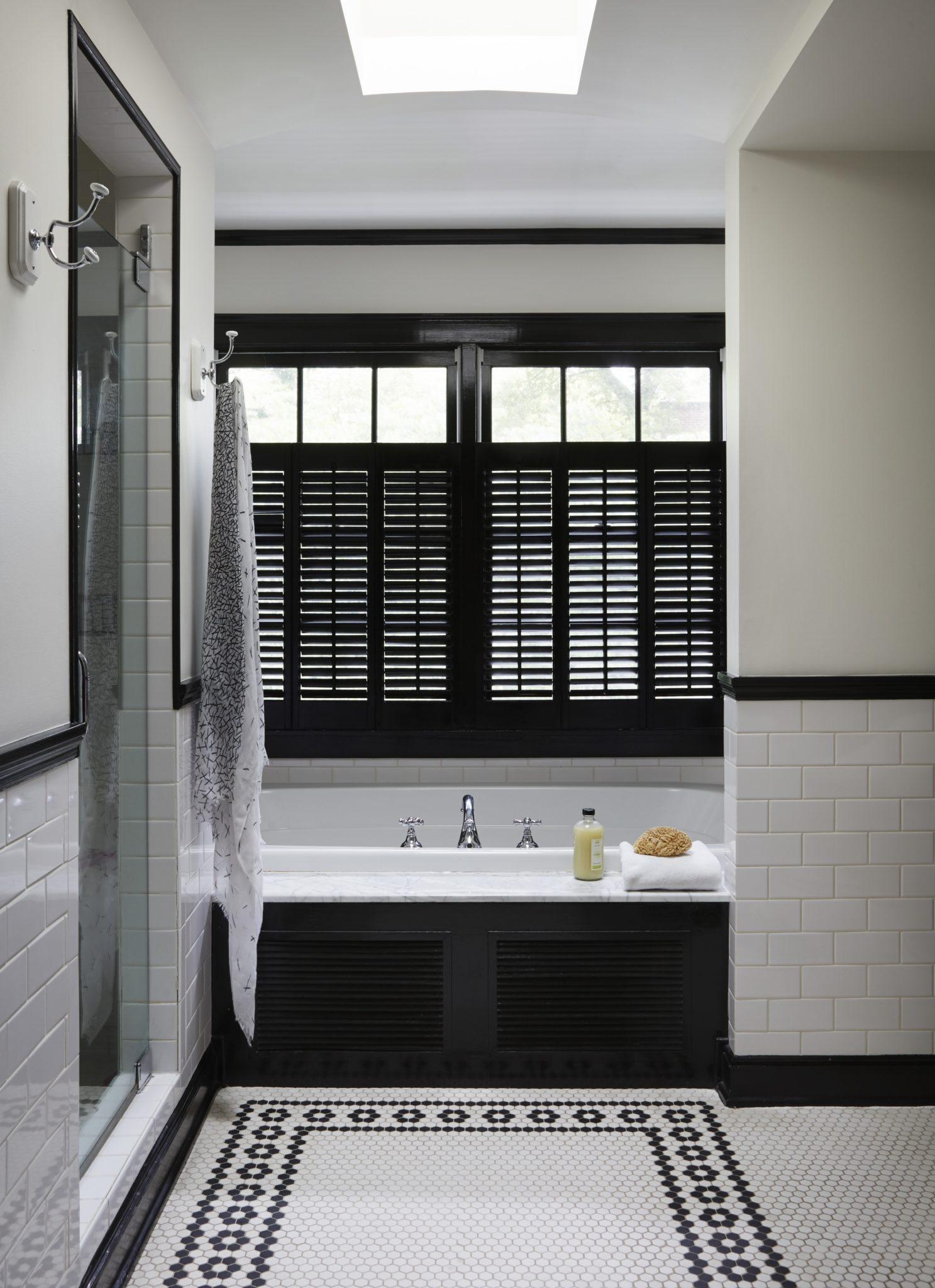 Master bathroom by Amy Kartheiser Design