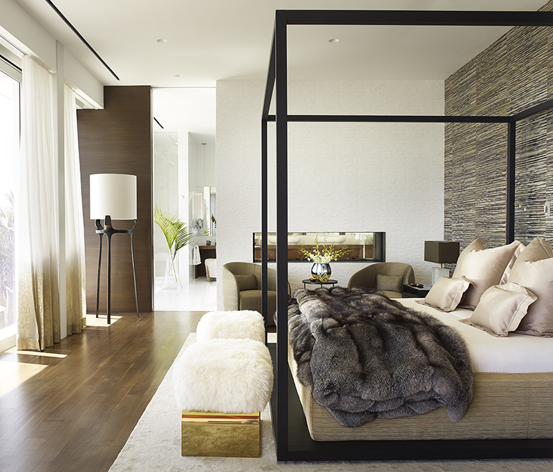 Vero Beach residence - master bedroom by DJDS