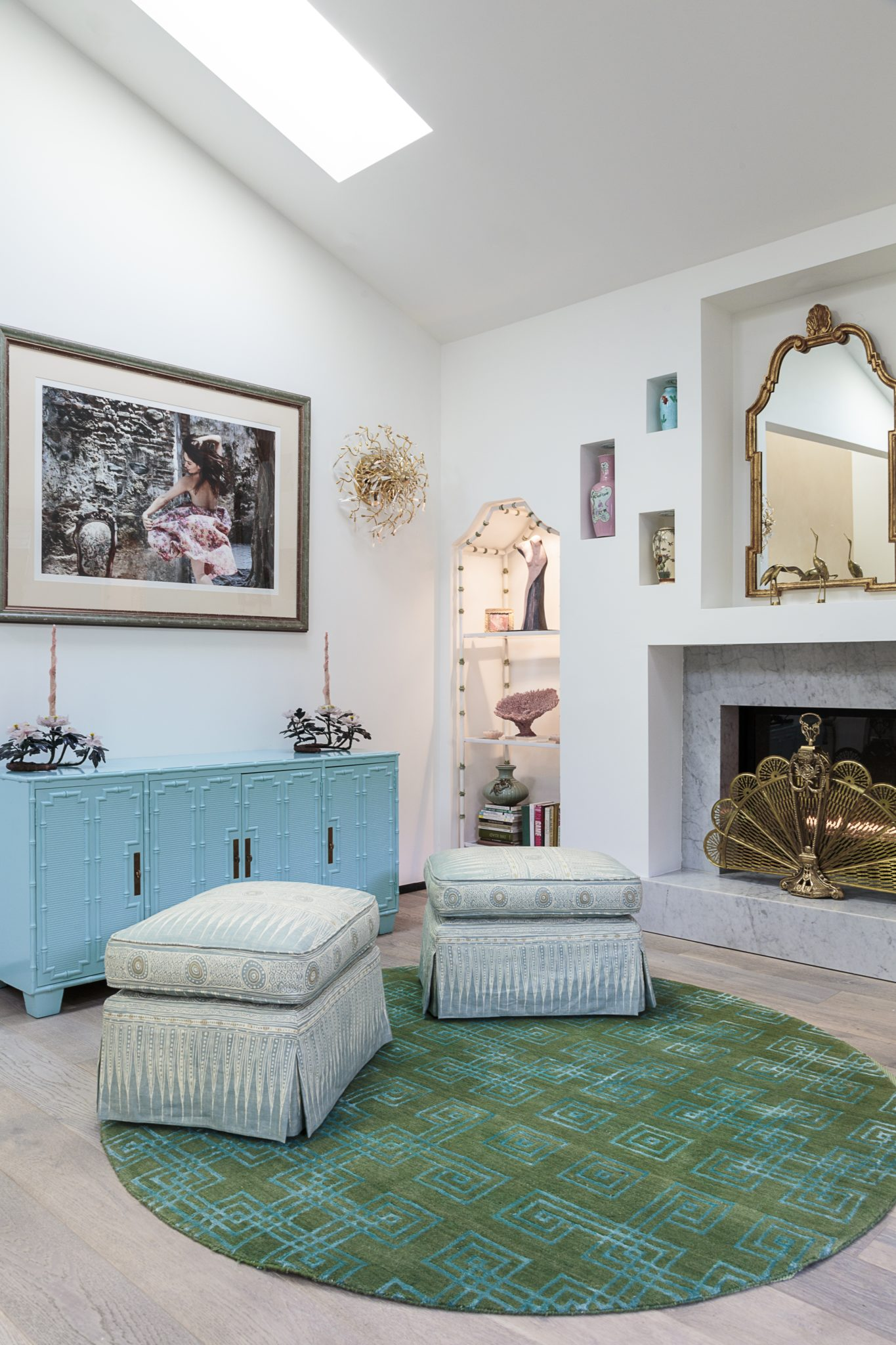 Hollywood glamour inspired this reading room with vintage finds by Bronwyn Poole by Touch Interiors