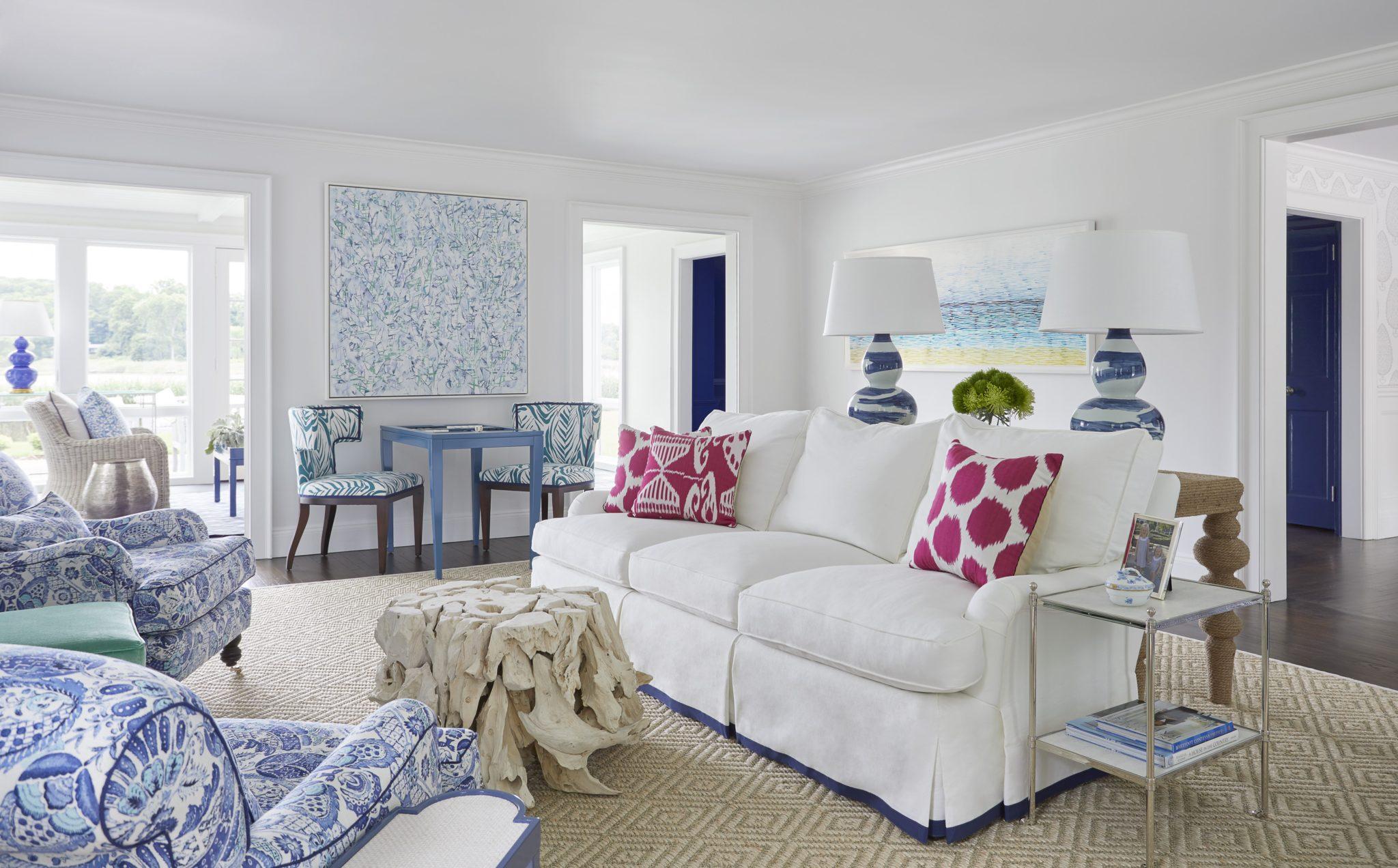 Mimi McAndrew: Living Room; Long Island Summer House by Mimi McAndrew LLC
