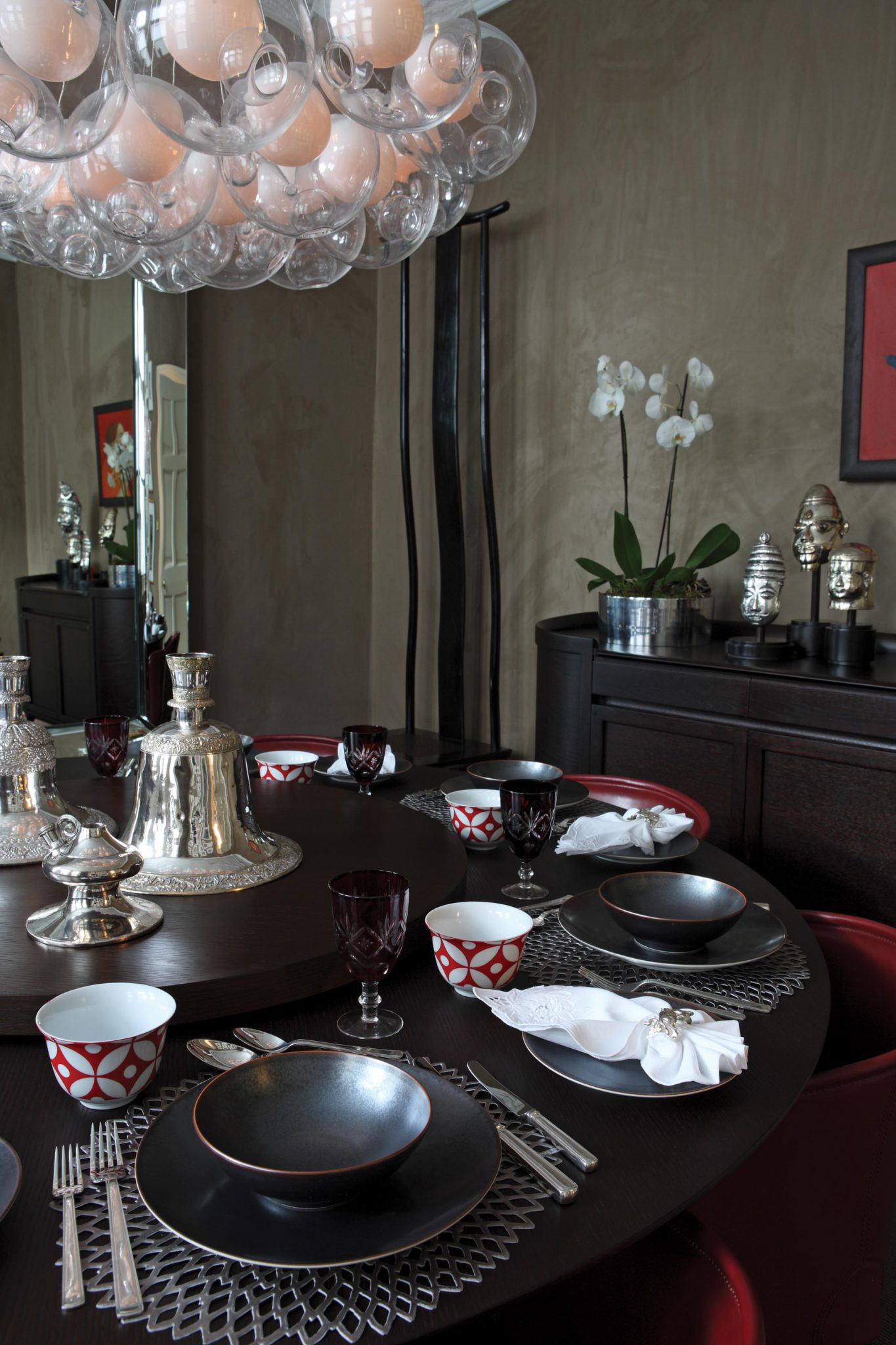 Knightsbridge Dining Room with contemporary chandelier by Staffan Tollgard