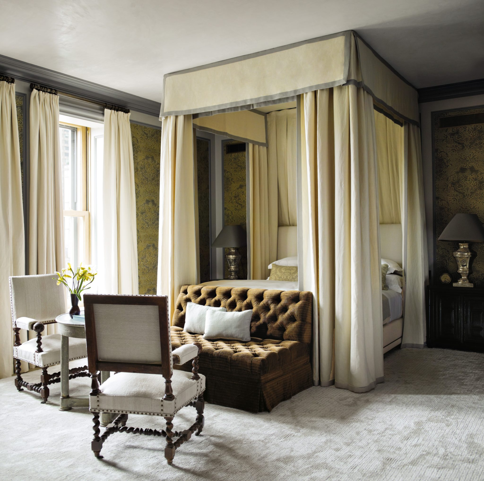 In his redesign of an apartment in the famed Plaza Hotel on Fifth Avenue, Gambrel wantedto suggest rooms frozen in time,so every surface was artfully distressed to suggest years of use and the softness that comes from decades of exposure to sunlight and layers of wax.A curtained bed inthe master bedroom has a luxe, old-world feel,but the use of heavy Belgian linen keeps it young and modern.