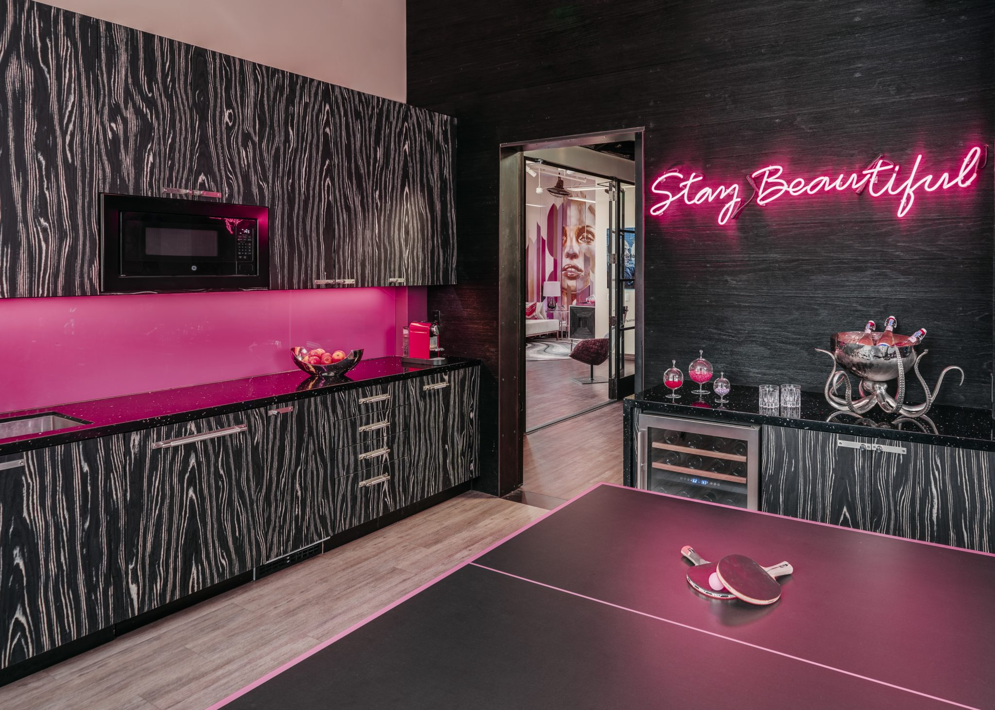 Lux Lounge at Mabrie Facial Cosmetic by Adeeni Design Group
